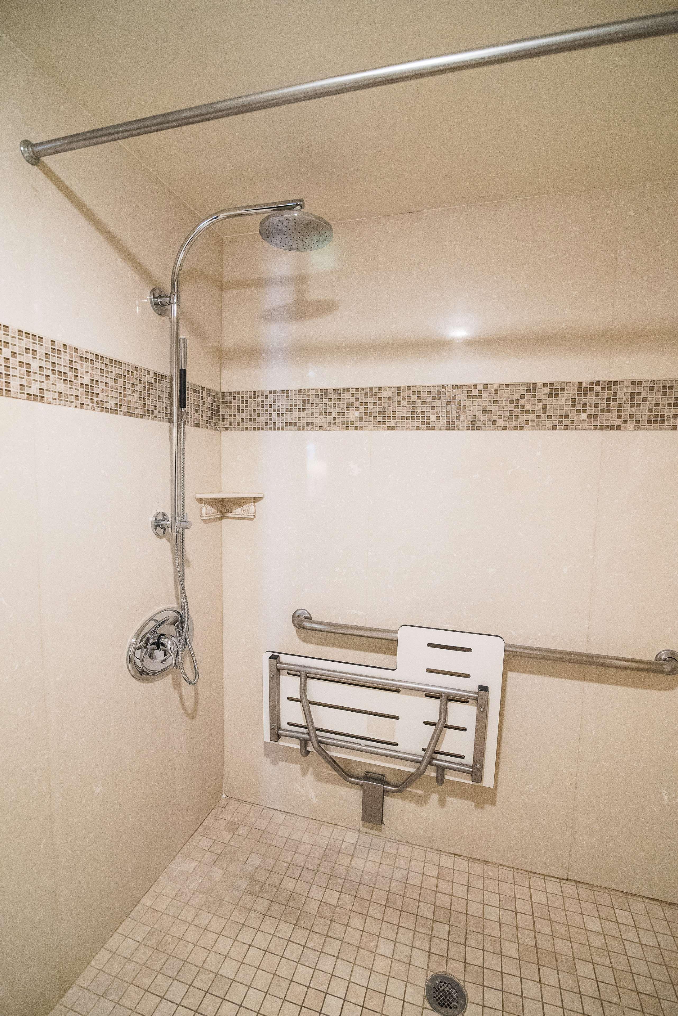 Best Western Plus Redondo Beach Inn image 28