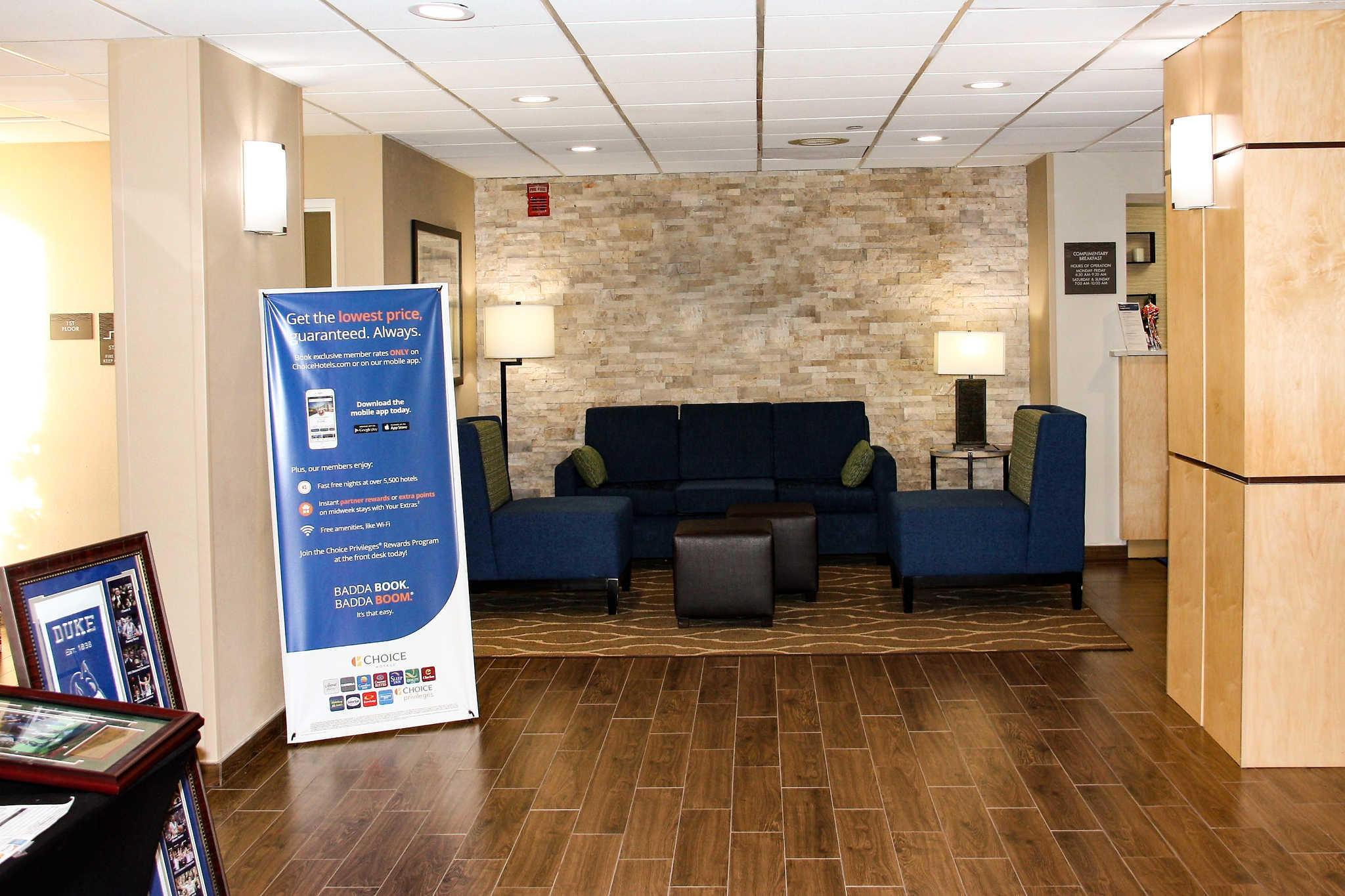 Comfort Inn & Suites Duke University-Downtown image 5