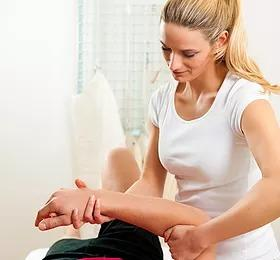 Living Healthy Physical Therapy image 2
