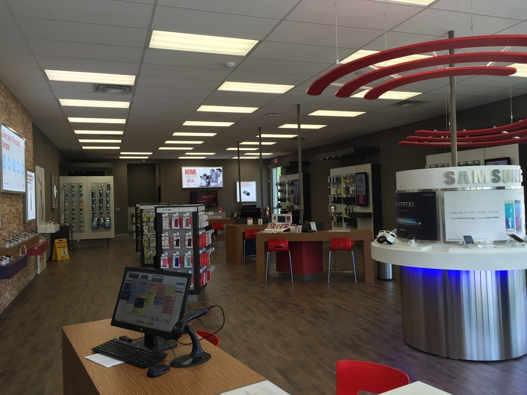 Verizon Authorized Retailer, TCC image 0