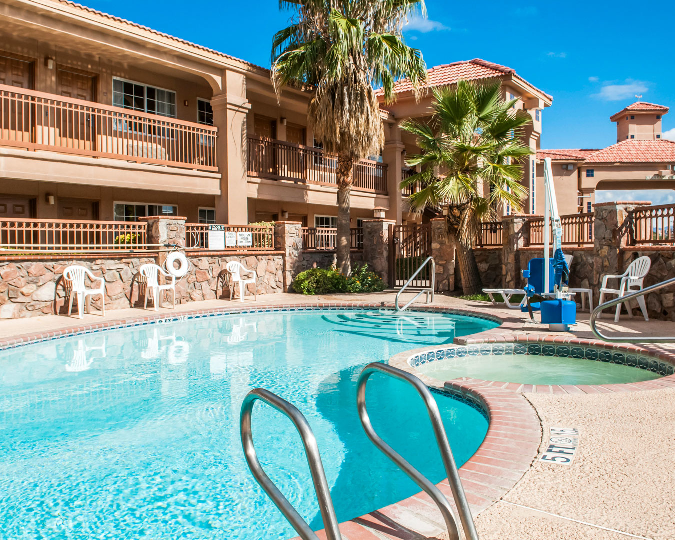 Quality Inn Amp Suites Las Cruces Nm Company Information