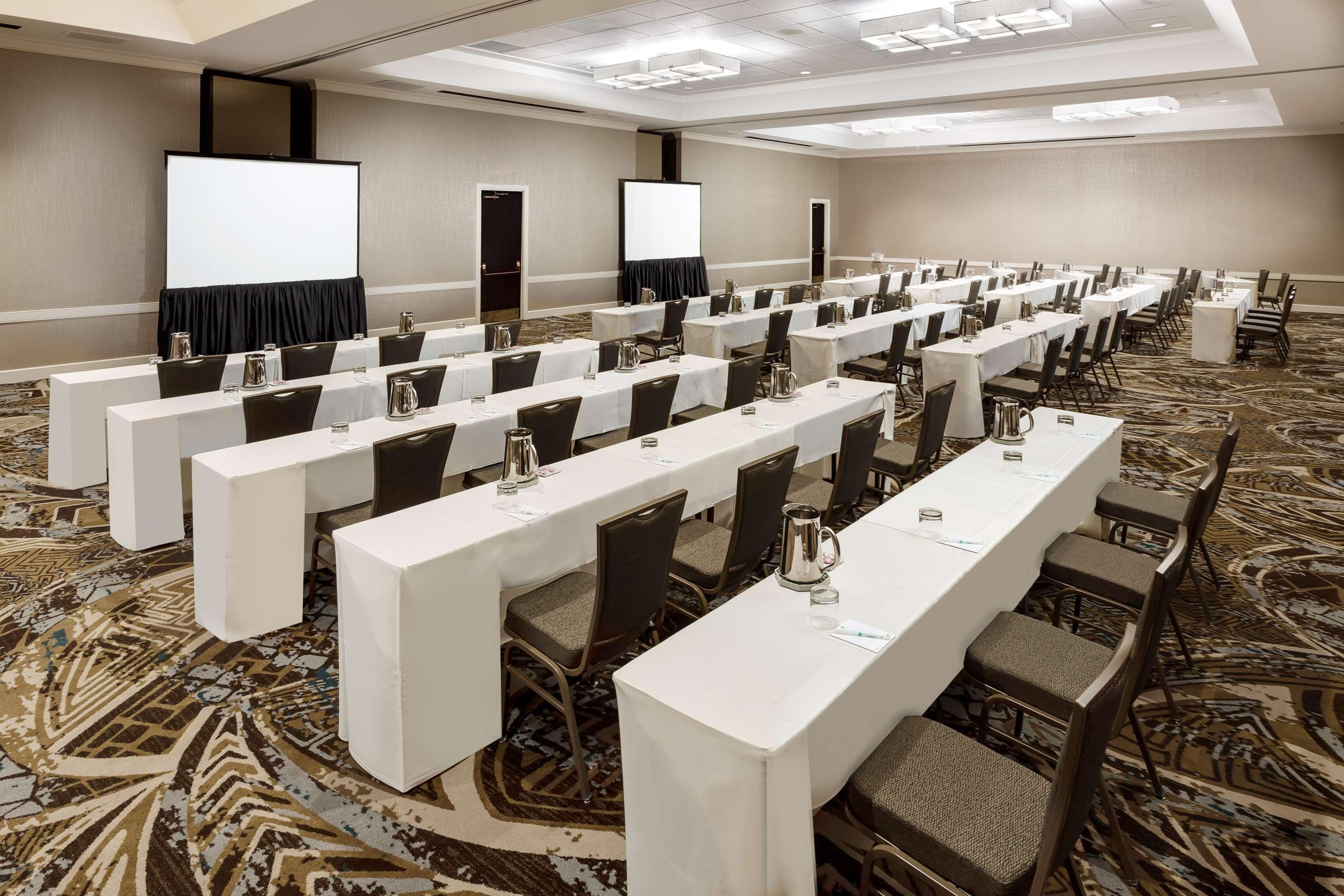Embassy Suites by Hilton Orlando Lake Buena Vista Resort image 23