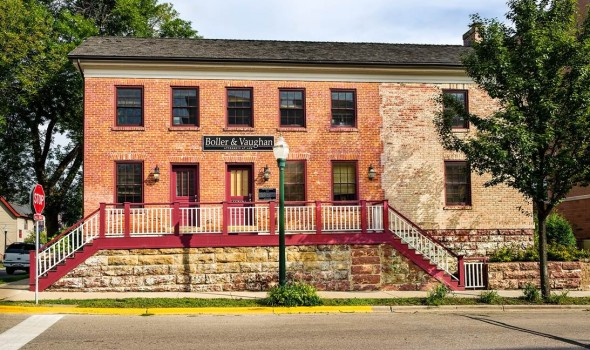Exterior shot of Boller & Vaughan's Madison office.