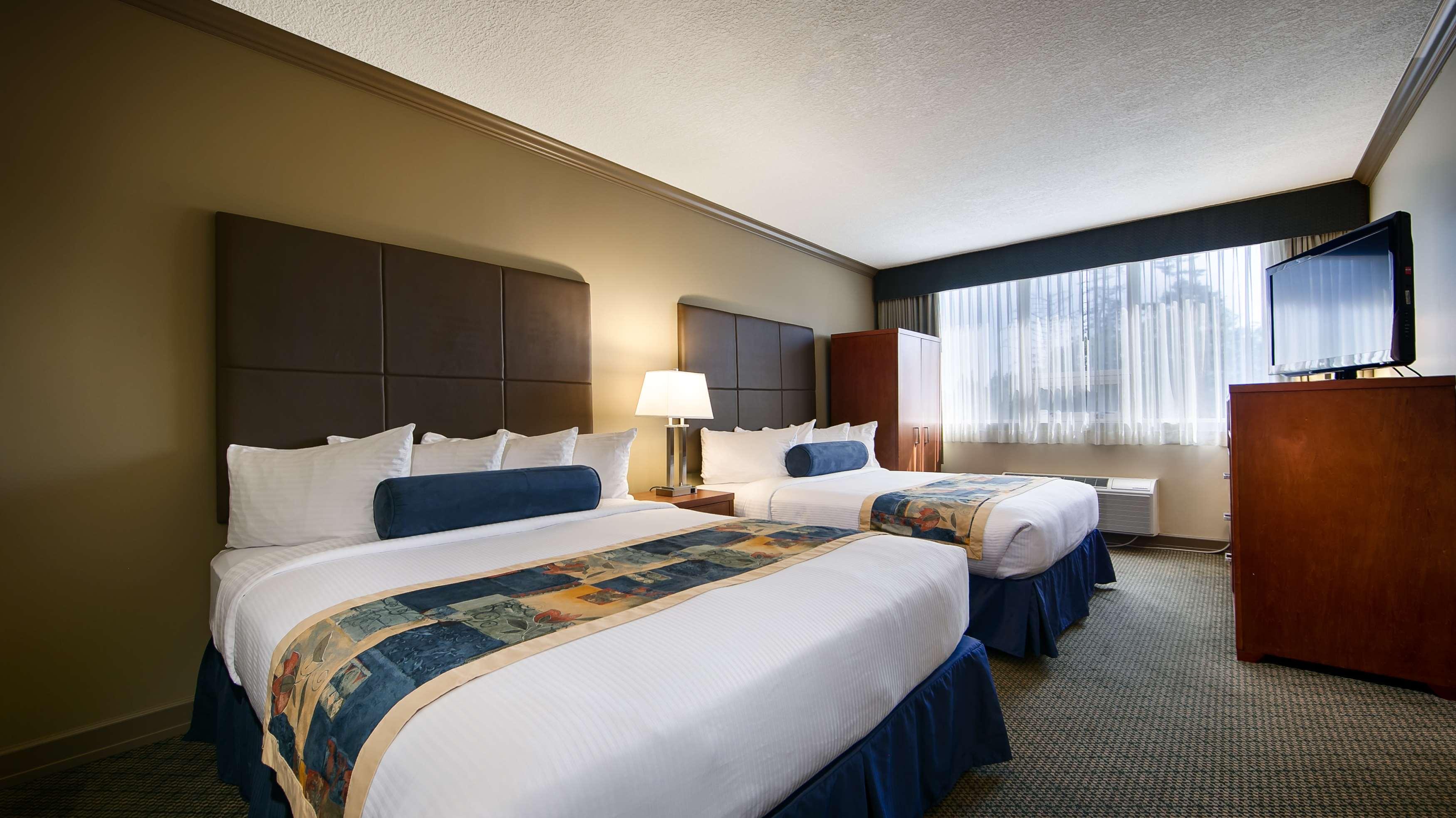 Best Western Plus Barclay Hotel in Port Alberni: Double Queen Guest Room