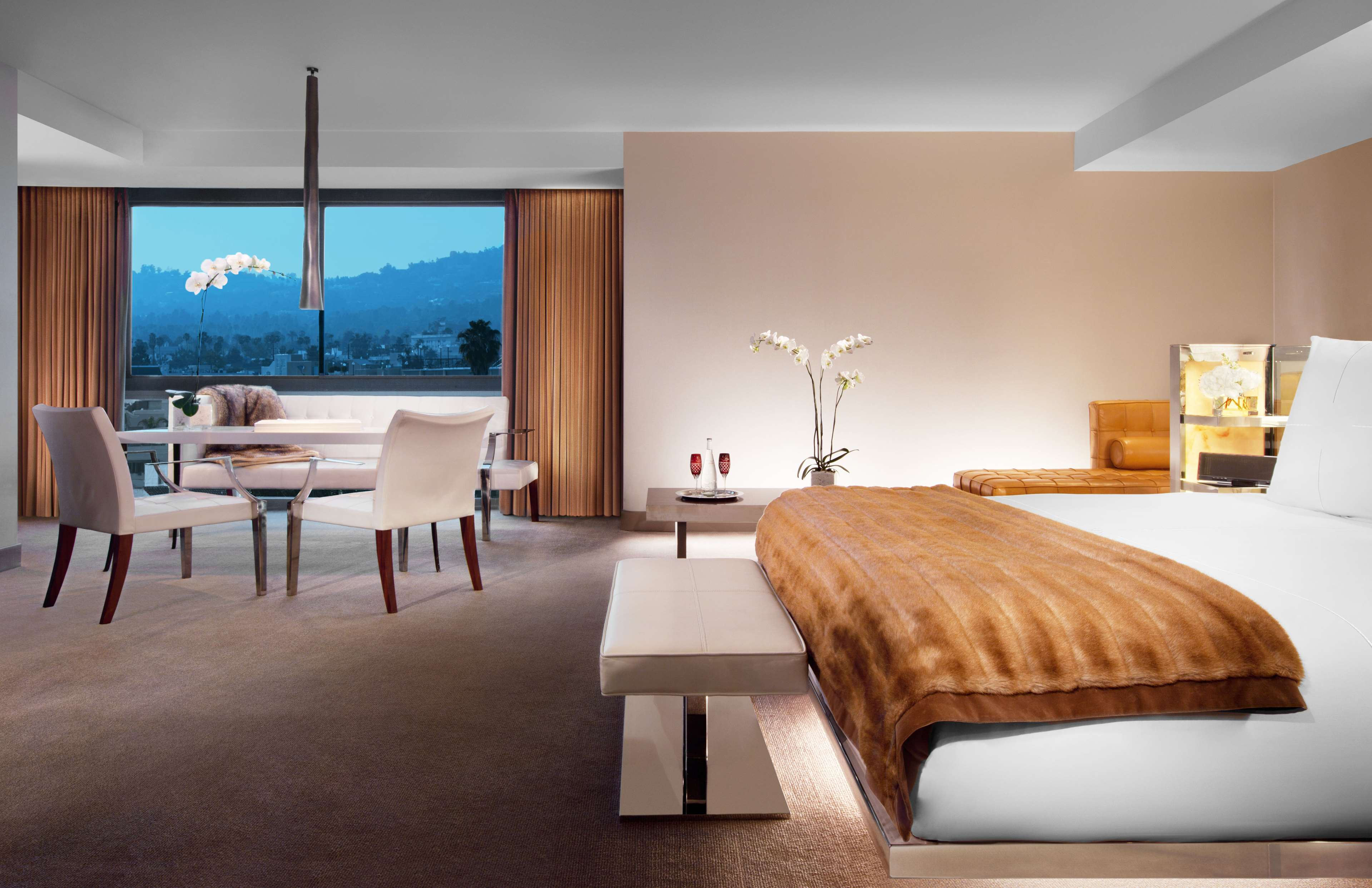 Sls hotel a luxury collection hotel beverly hills in los for Luxury hotel collection