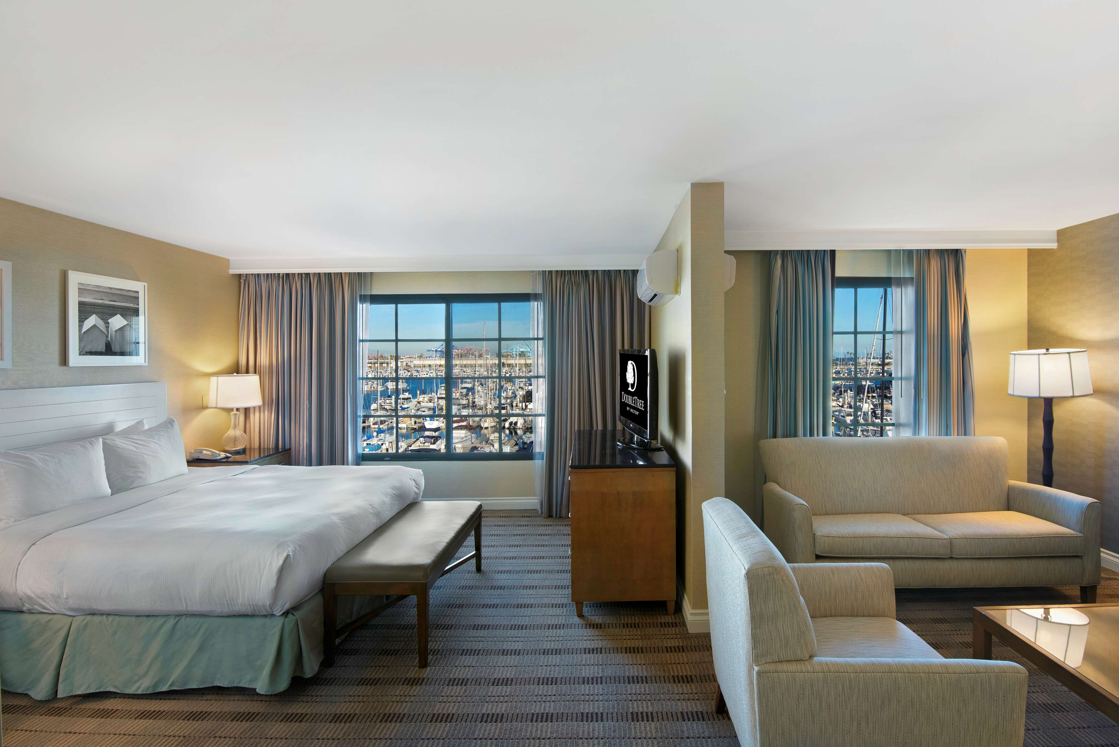 DoubleTree by Hilton Hotel San Pedro - Port of Los Angeles image 18