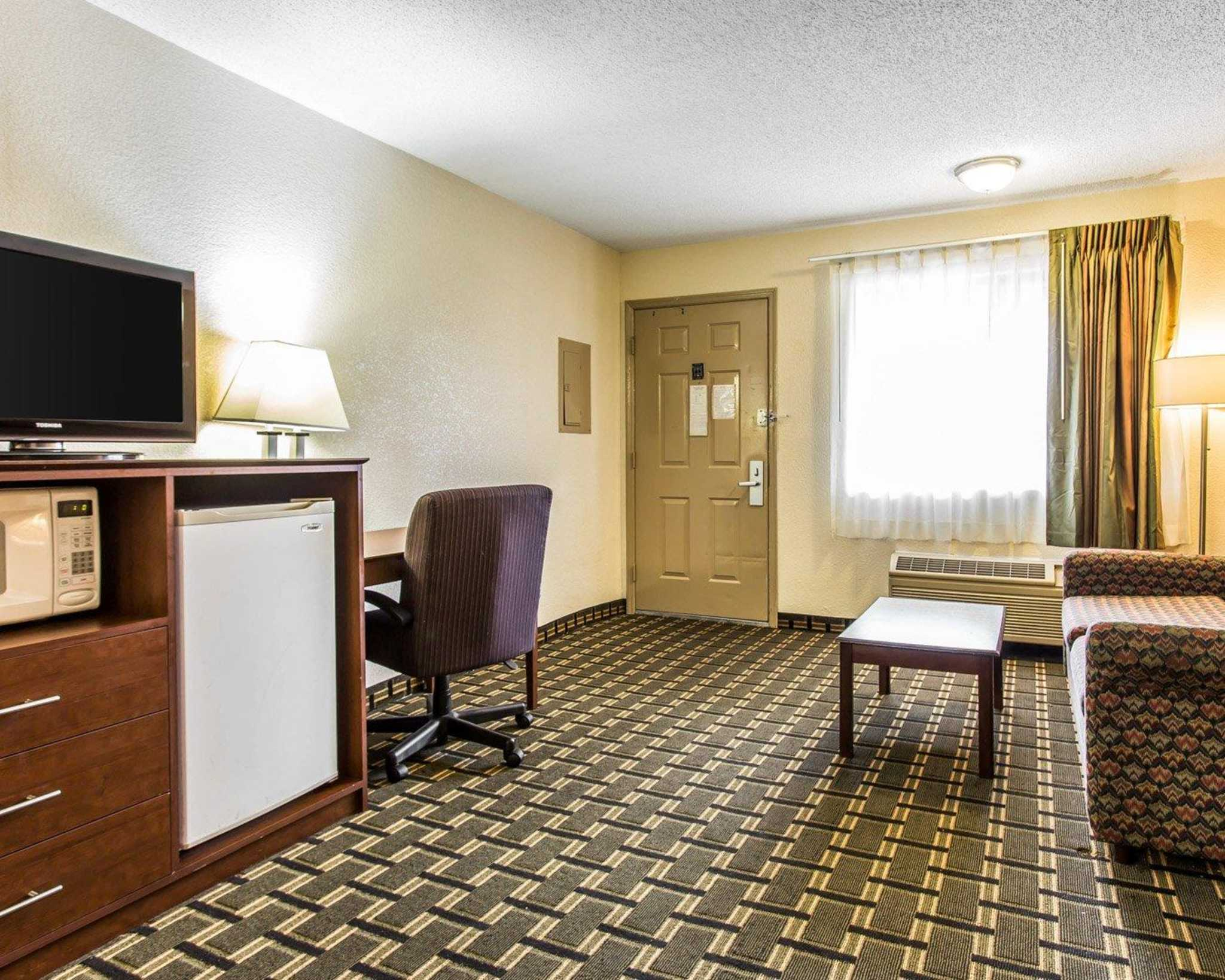 Quality Inn & Suites Southlake image 24