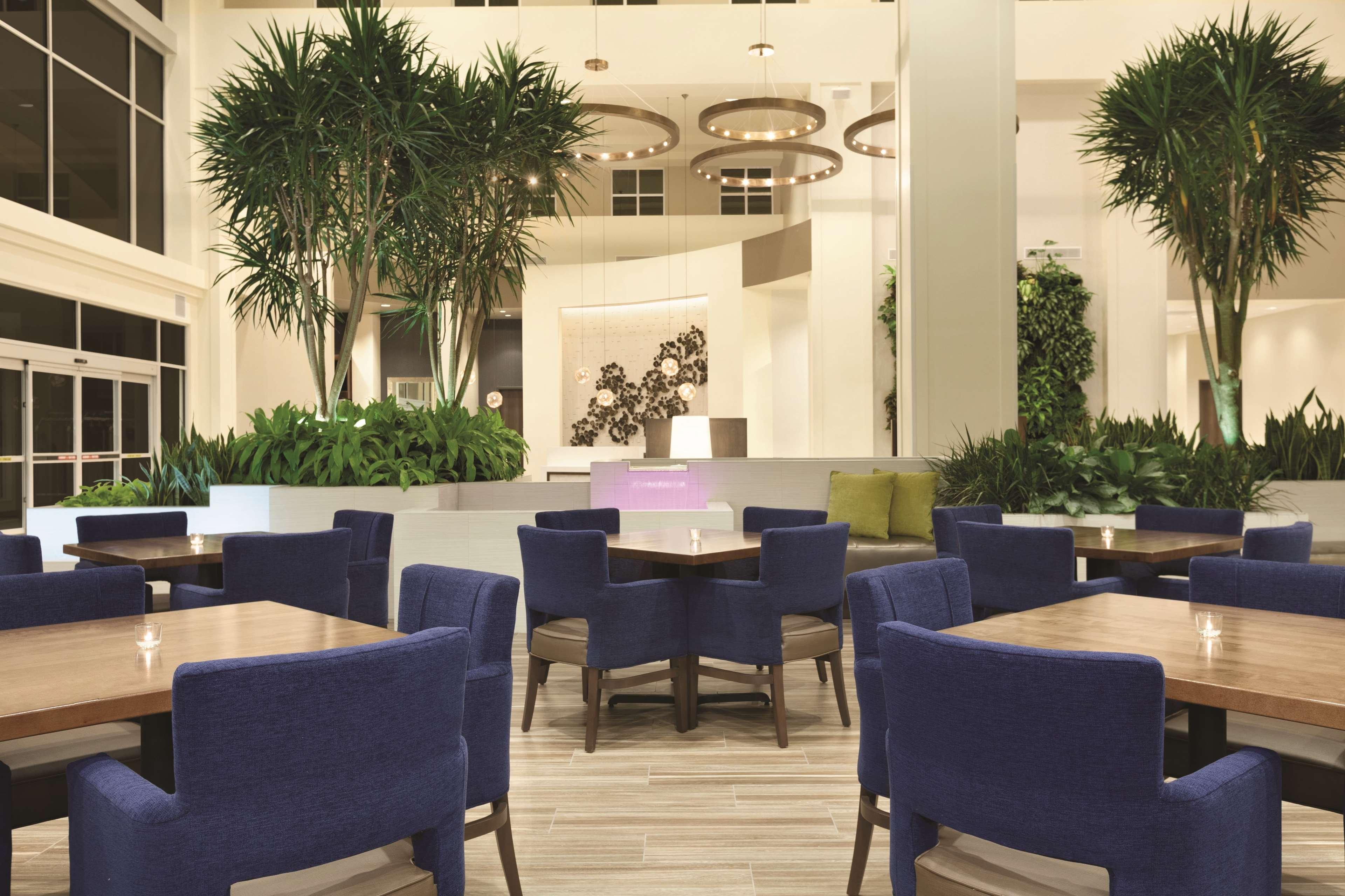 Embassy Suites by Hilton Portland Hillsboro, Oregon image 37