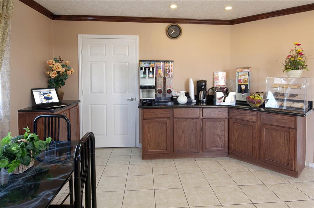 Americas Best Value Inn & Suites - Hempstead/Prairie View image 20