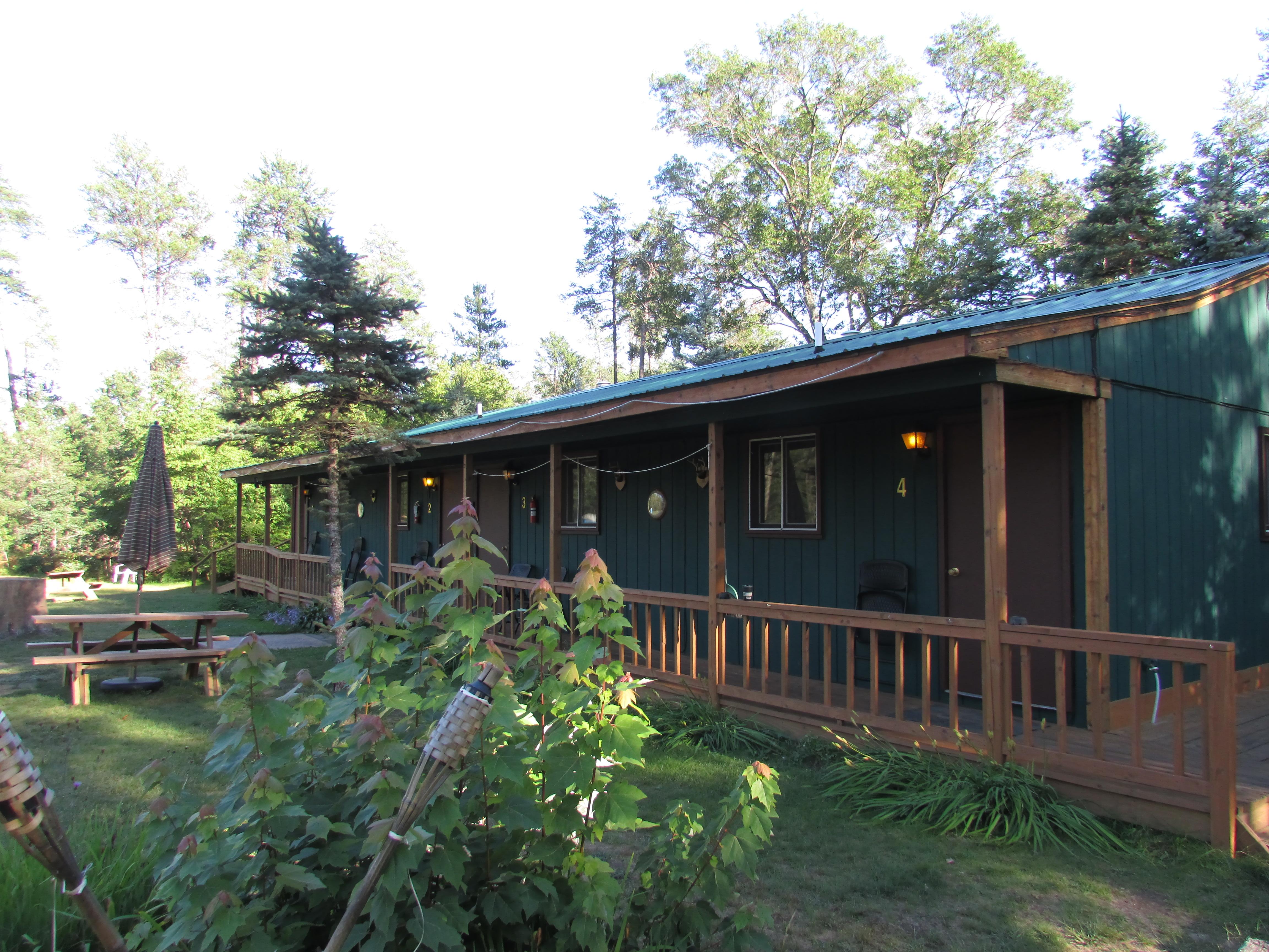 Best Bear Lodge & Campground Baldwin/Irons Area image 1