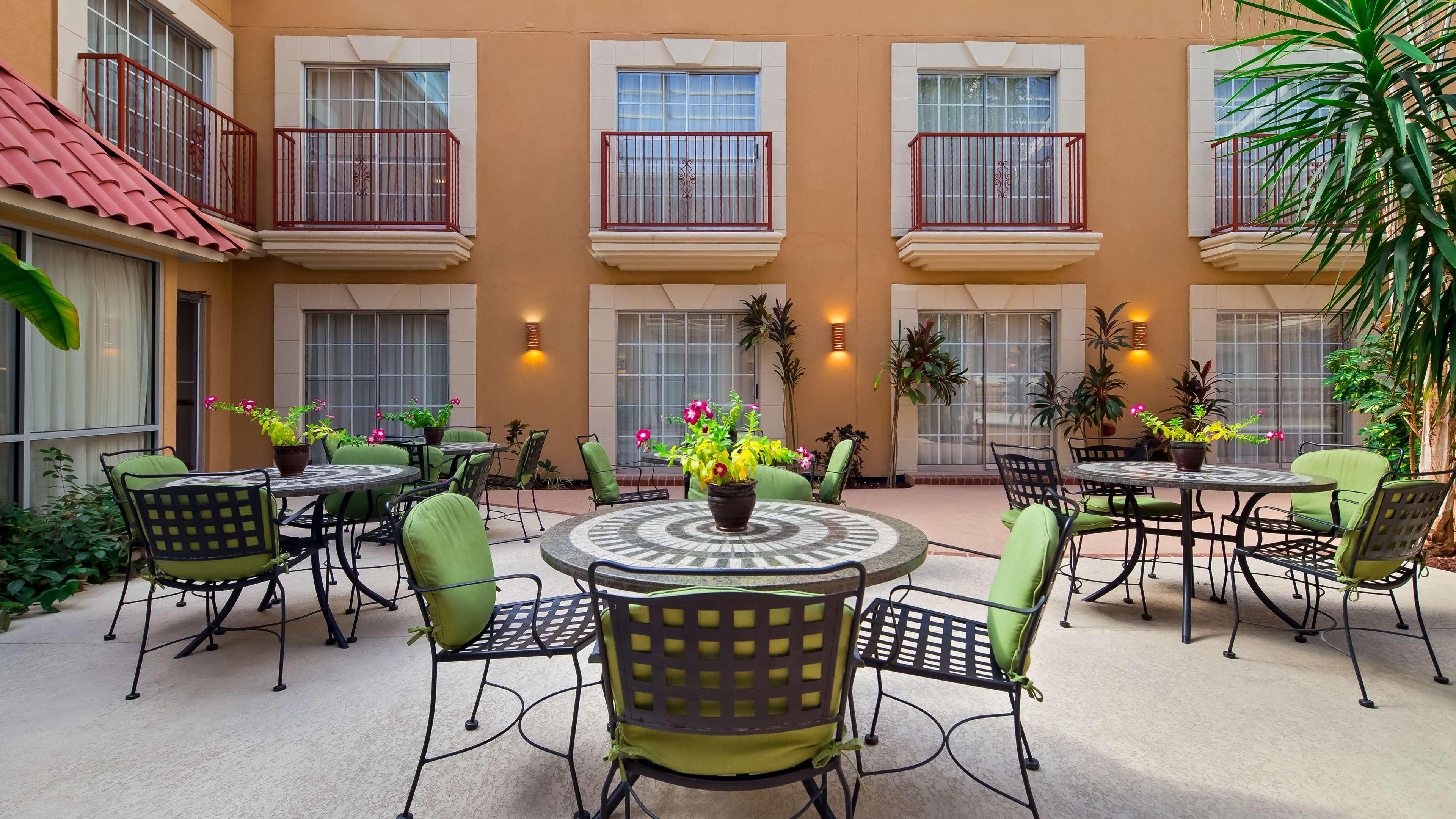 Best Western Plus Atrium Inn image 5