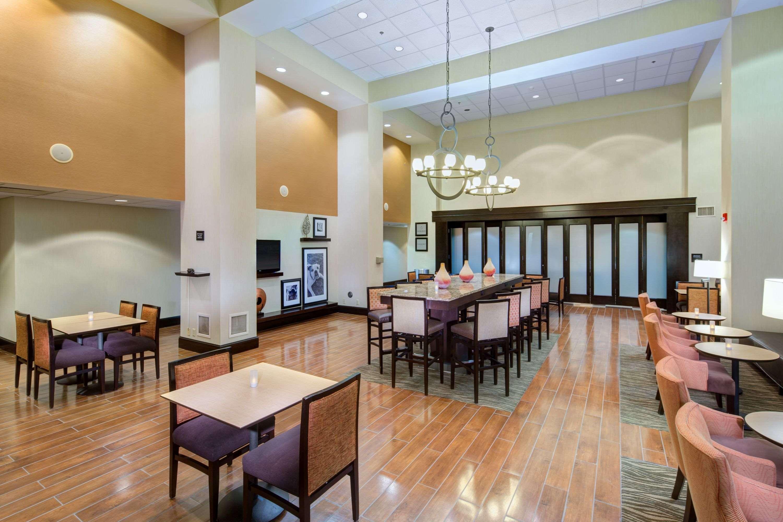Hampton Inn & Suites Augusta West image 10