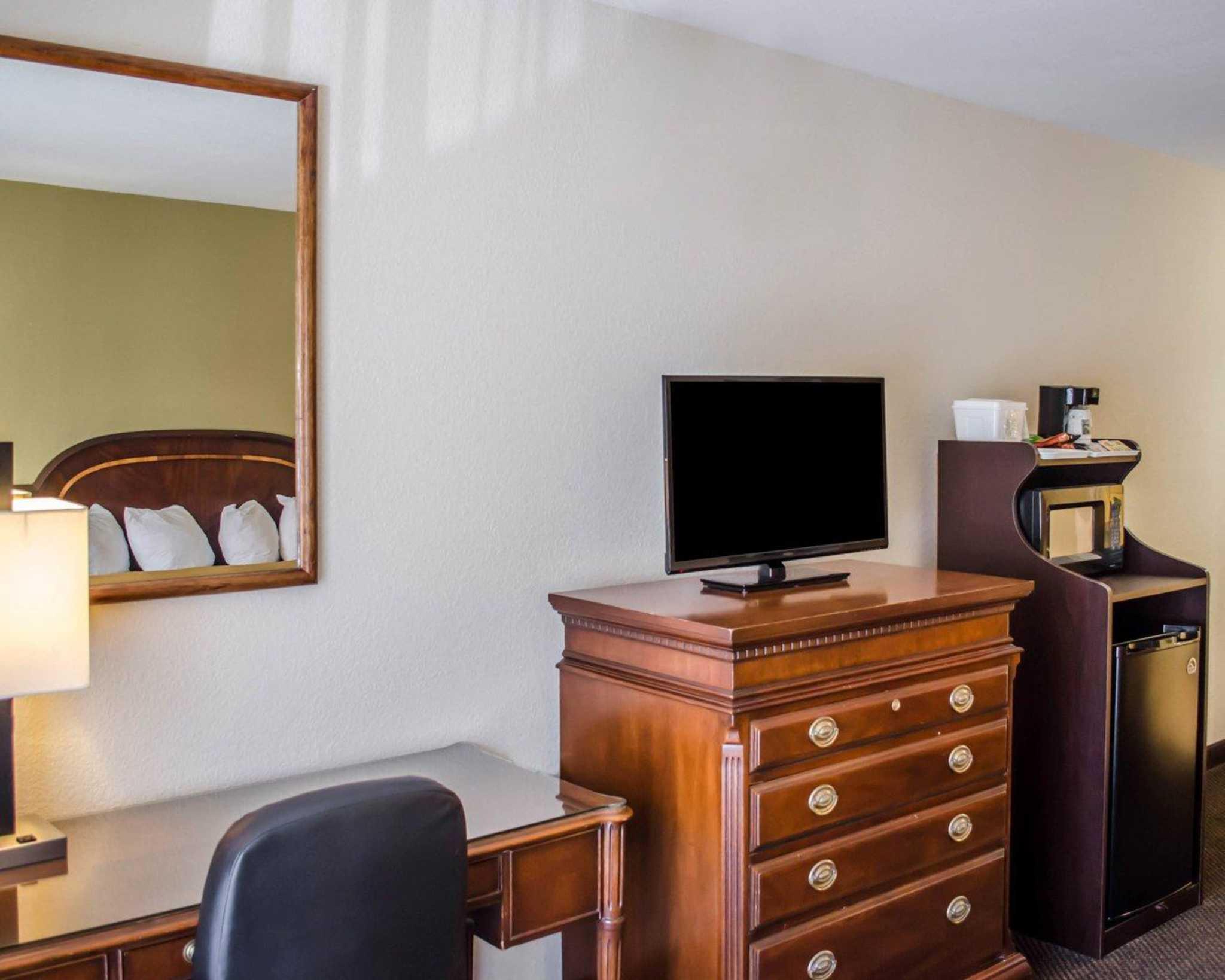 Quality Inn & Suites Pensacola Bayview in Pensacola, FL, photo #34