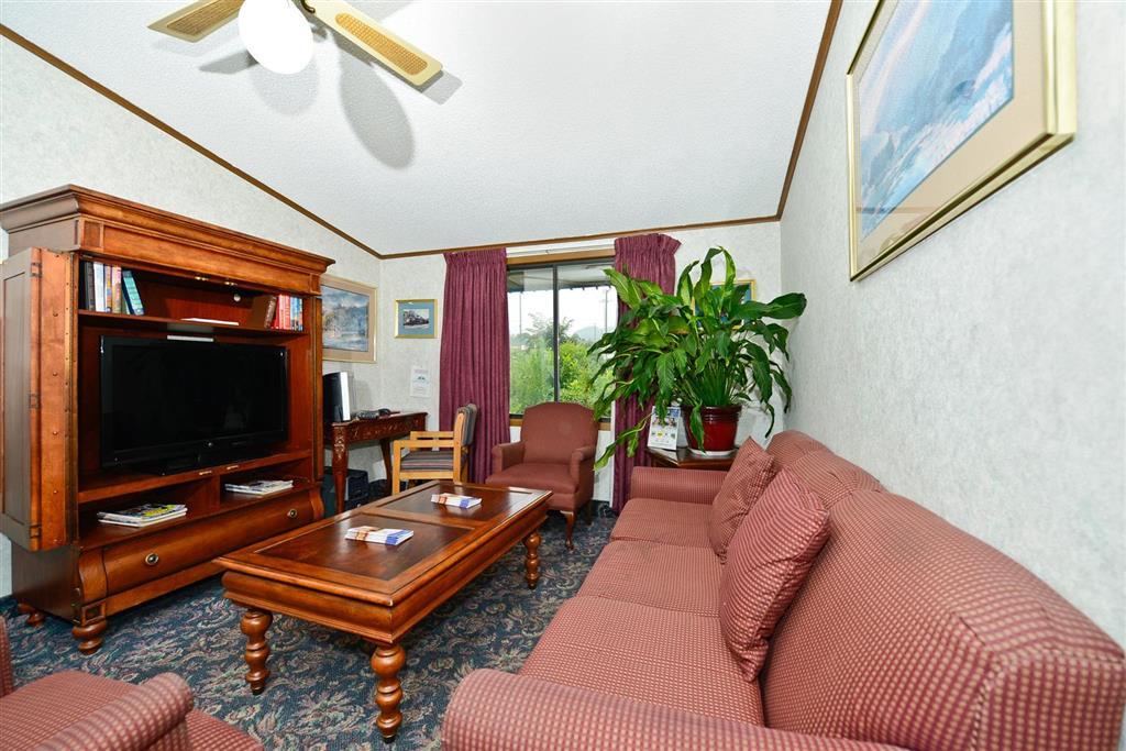 Americas Best Value Inn Covington image 11