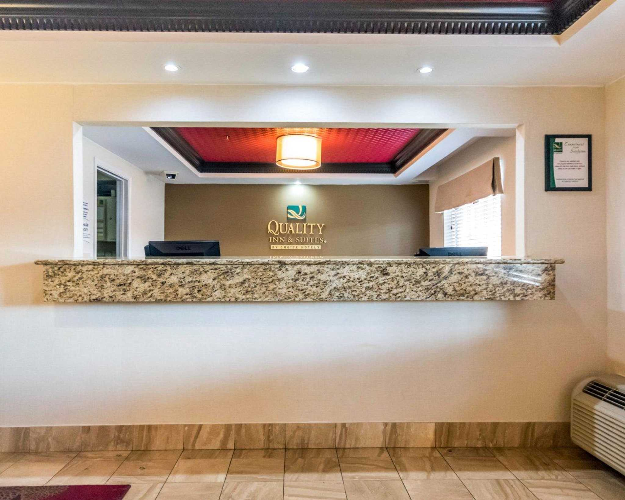 Quality Inn & Suites University/Airport image 15