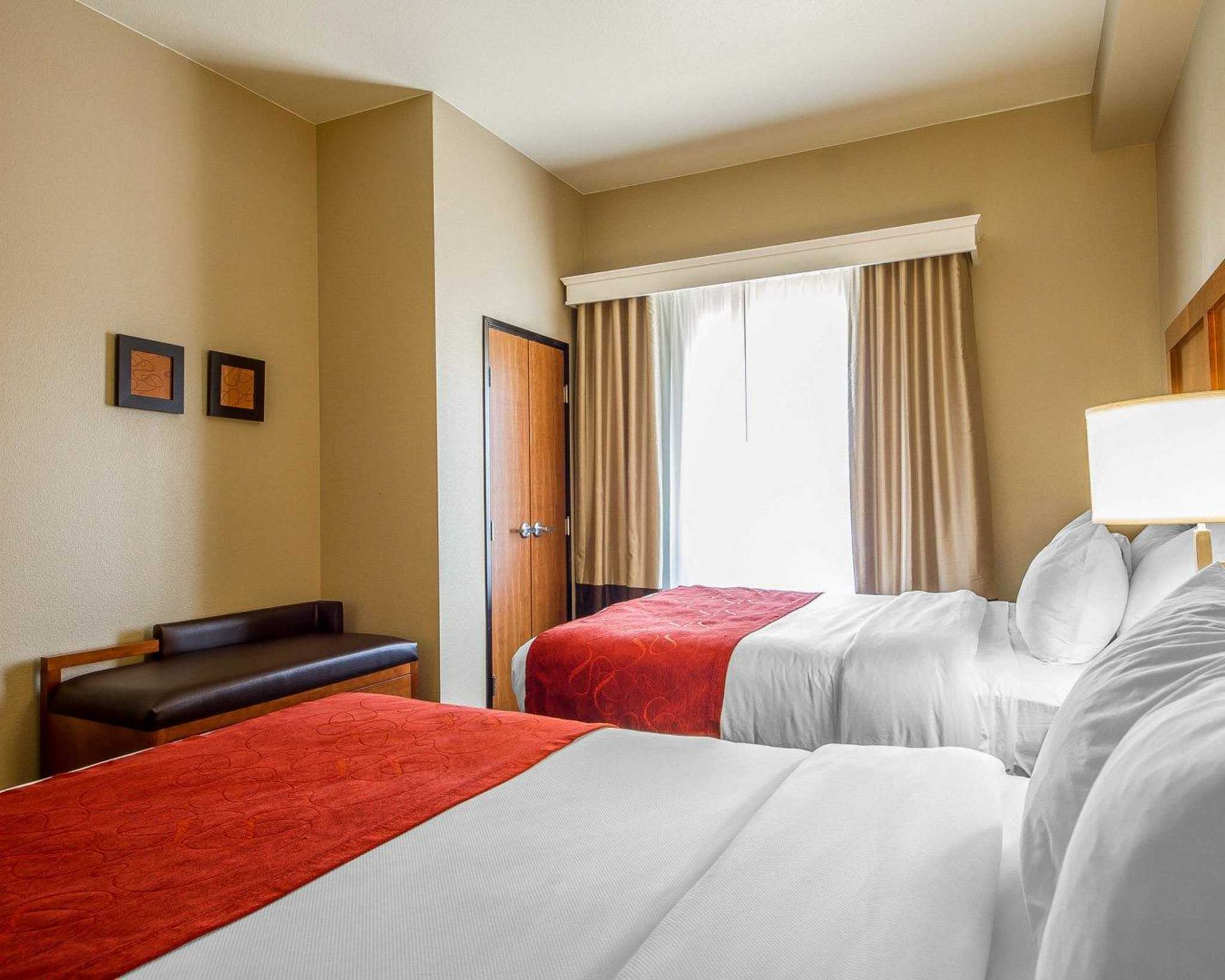 Comfort Suites Redding - Shasta Lake image 23