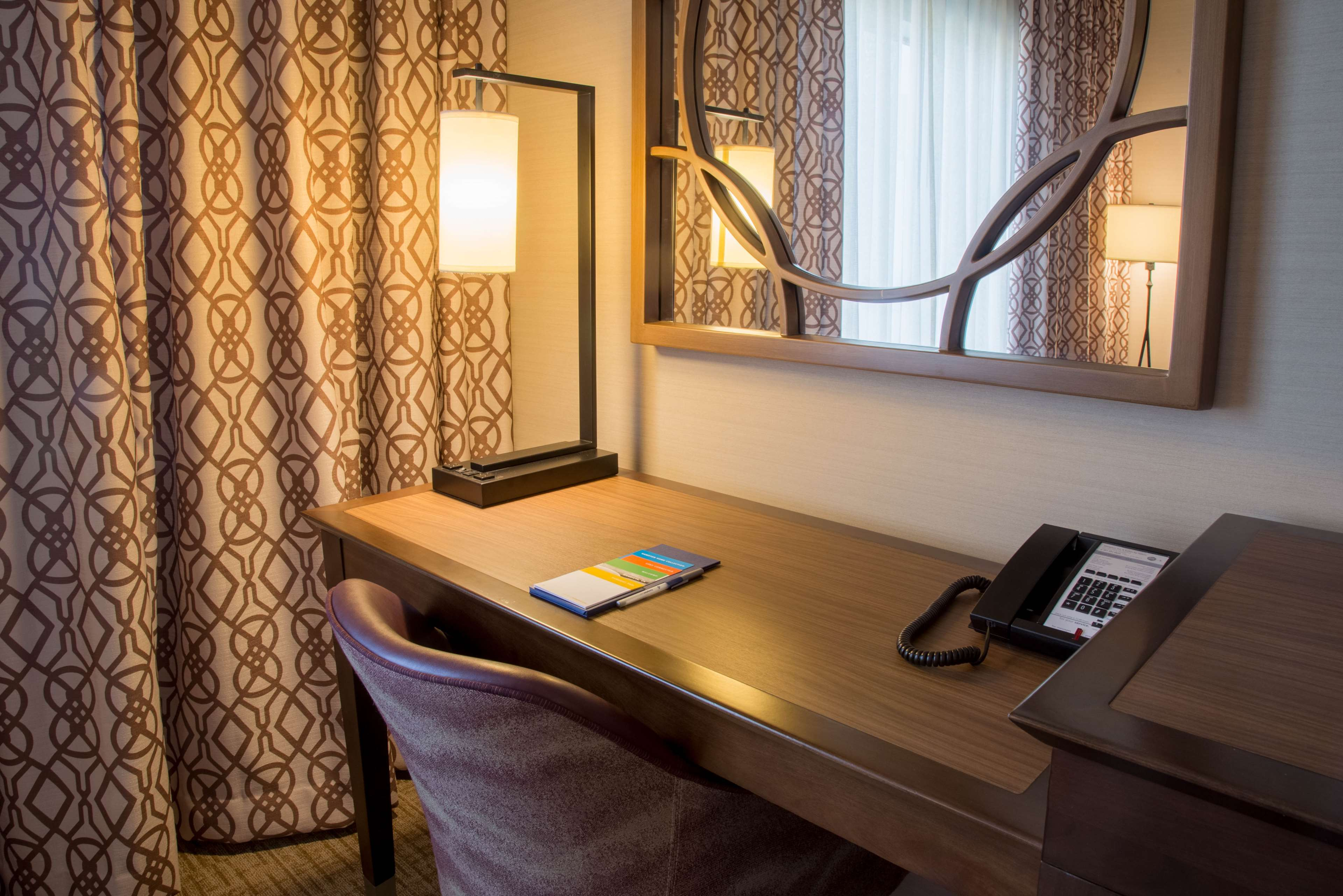 Hampton Inn & Suites Murrieta Temecula image 23