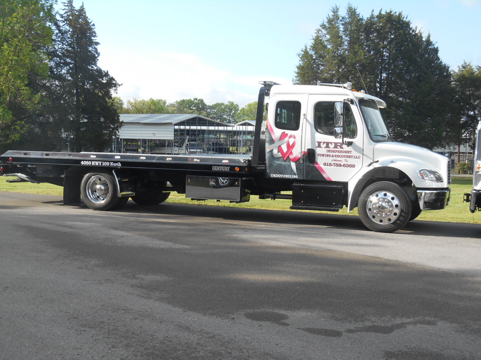 Independent Towing and Recovery LLC image 0