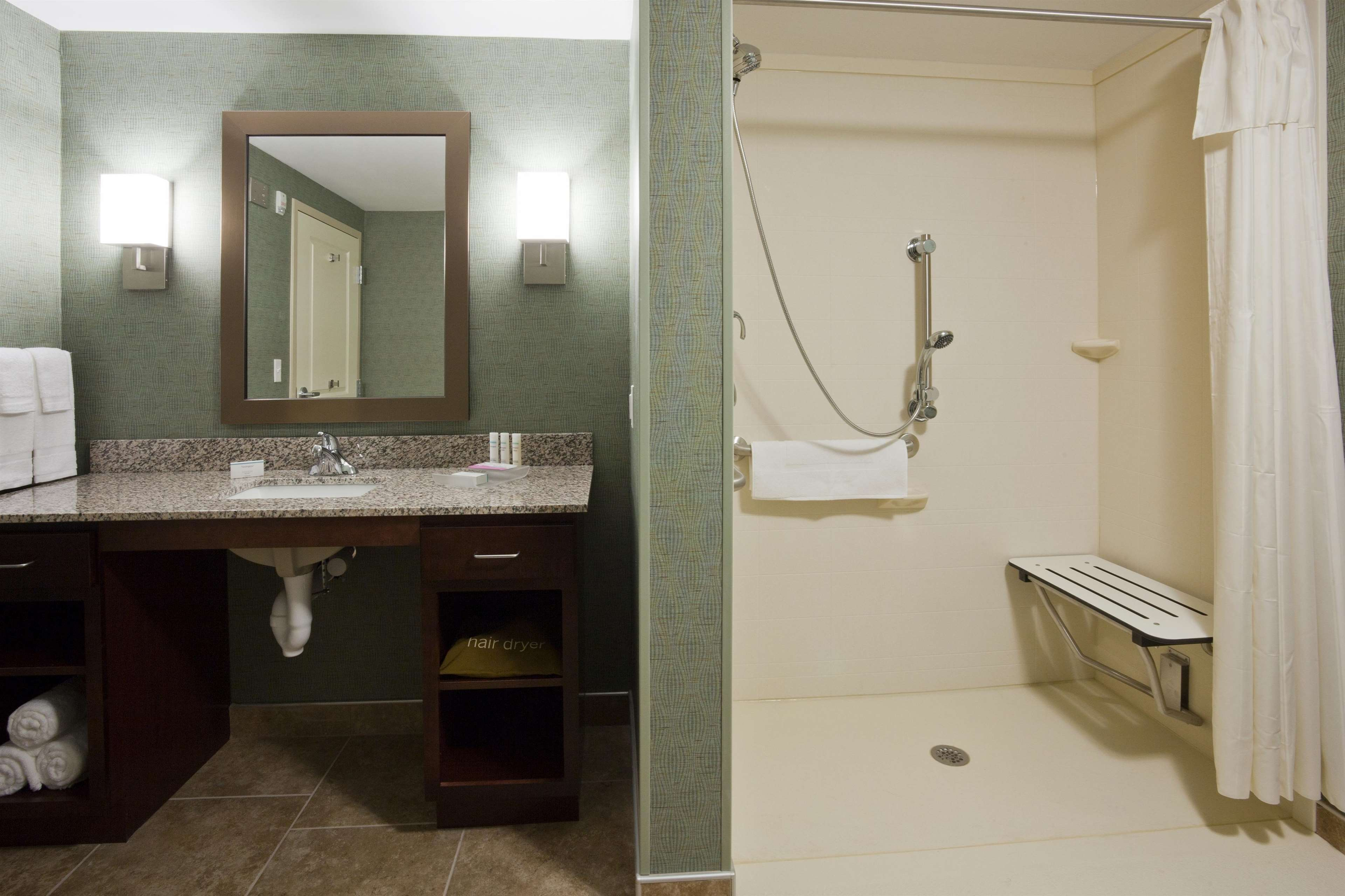Homewood Suites by Hilton Rochester Mayo Clinic Area/ Saint Marys image 6