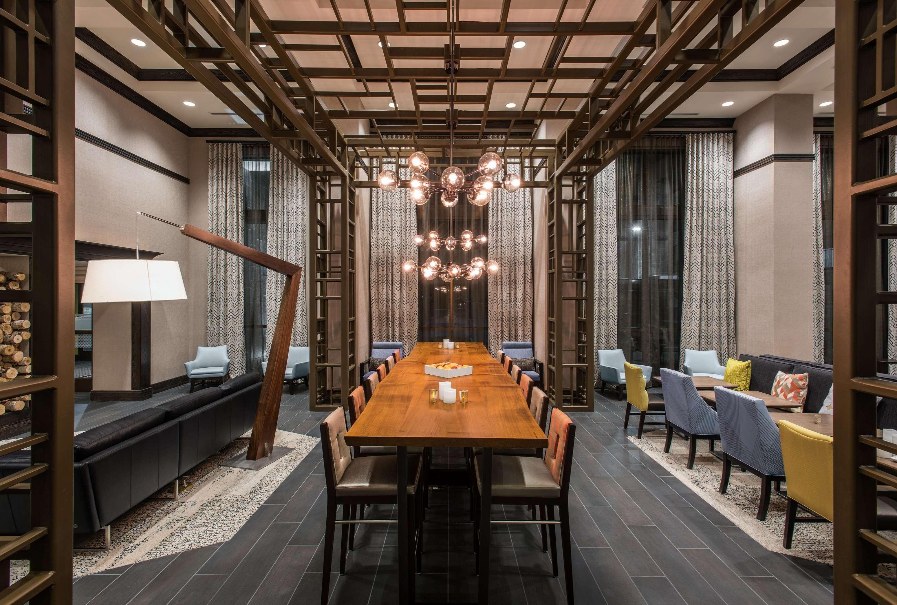Hampton Inn & Suites Napa image 10