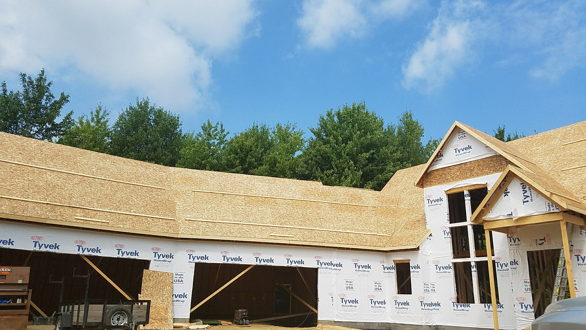 H & M Roofing And Exteriors LLC image 2