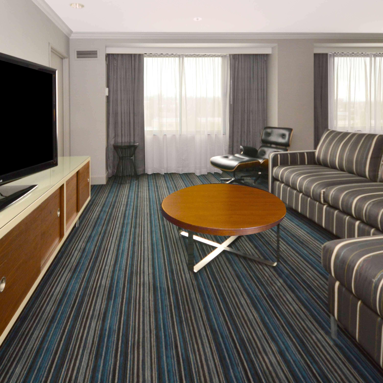DoubleTree by Hilton Hotel Newark - Fremont image 17