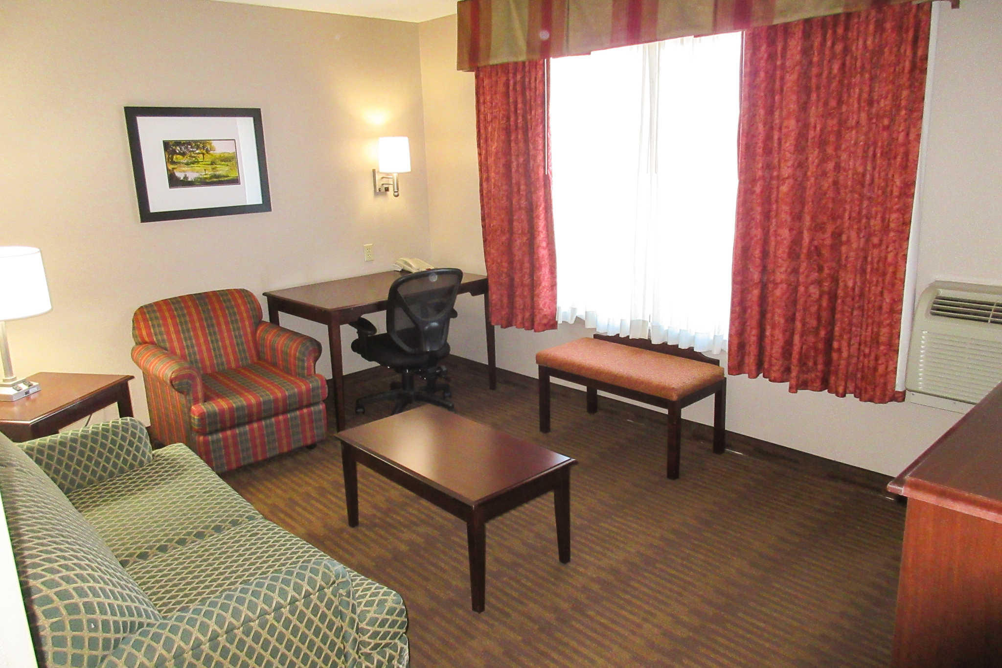Quality Inn & Suites Lawrence - University Area image 20