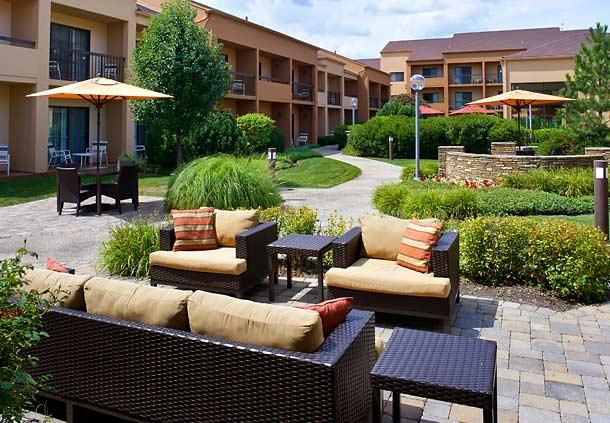 Courtyard by Marriott Chicago Oakbrook Terrace image 0
