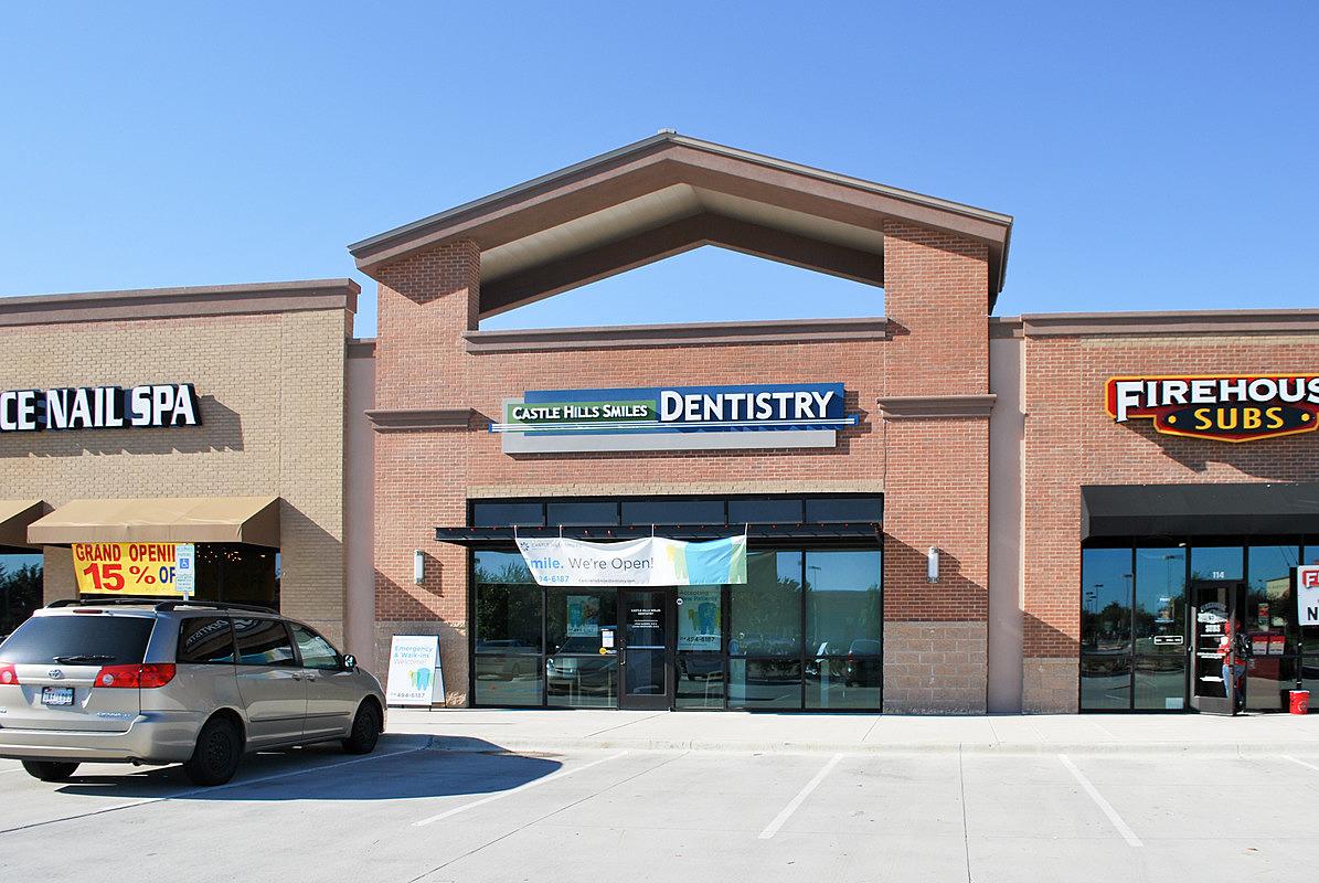 Castle Hills Smiles Dentistry image 0