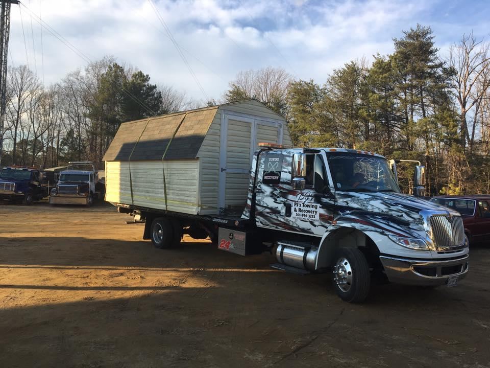 PJ's Towing & Recovery image 8