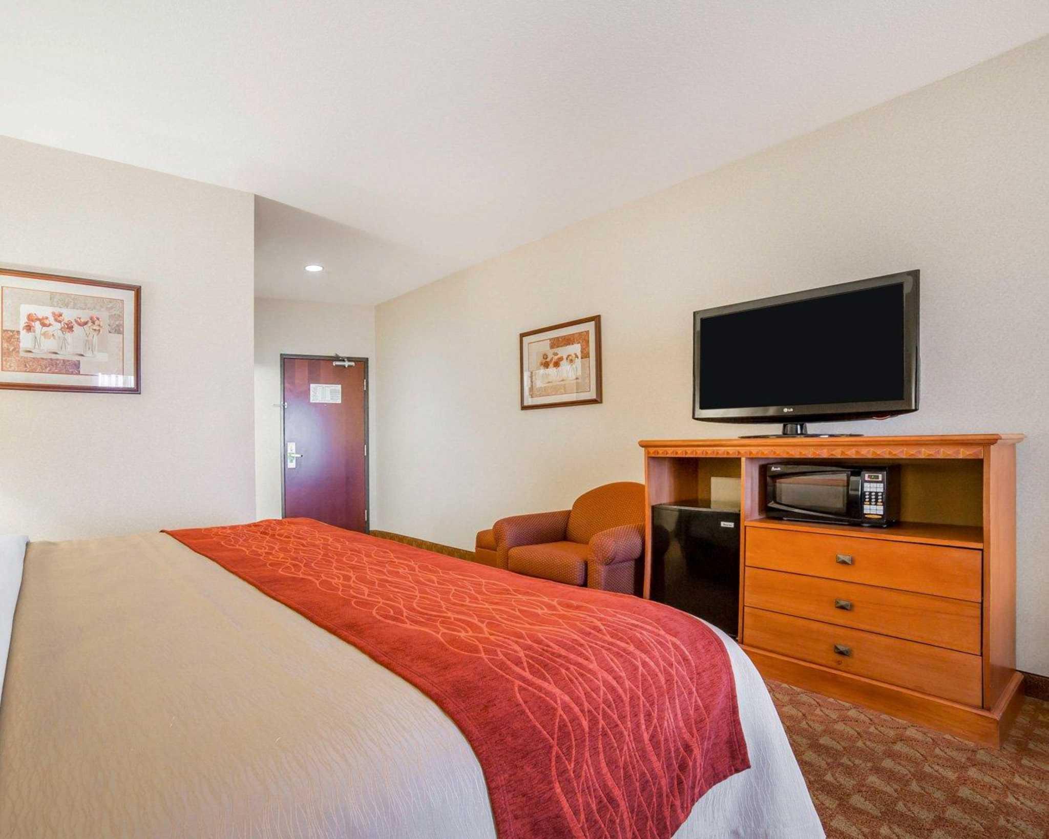 Comfort Inn & Suites Las Vegas - Nellis image 8