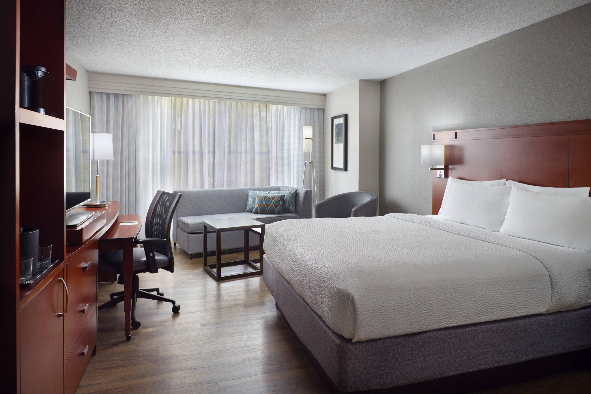 Courtyard by Marriott Atlanta Decatur Downtown/Emory
