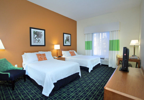 Fairfield Inn & Suites by Marriott Jacksonville Beach image 2