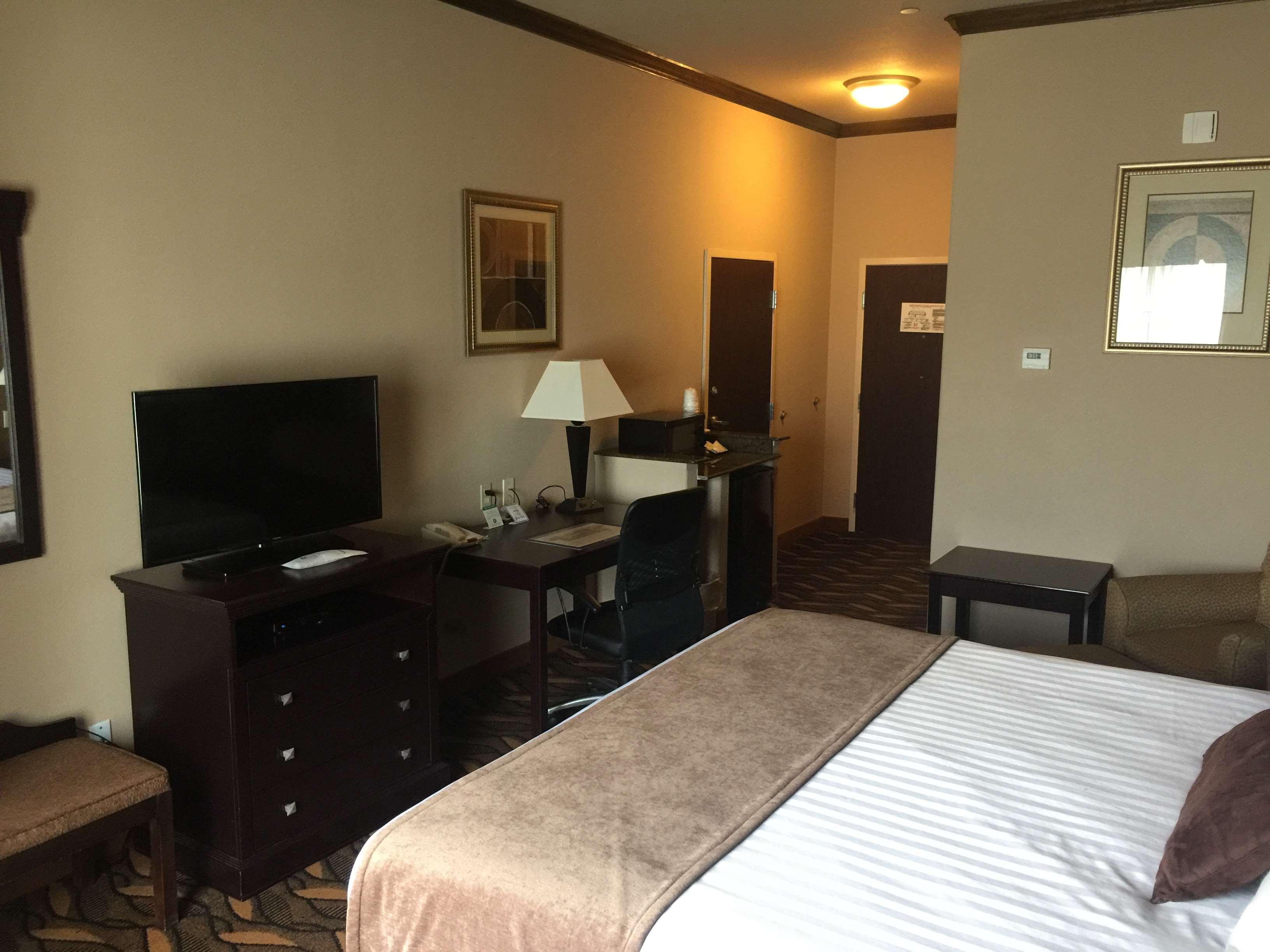 Best Western Red River Inn & Suites image 13