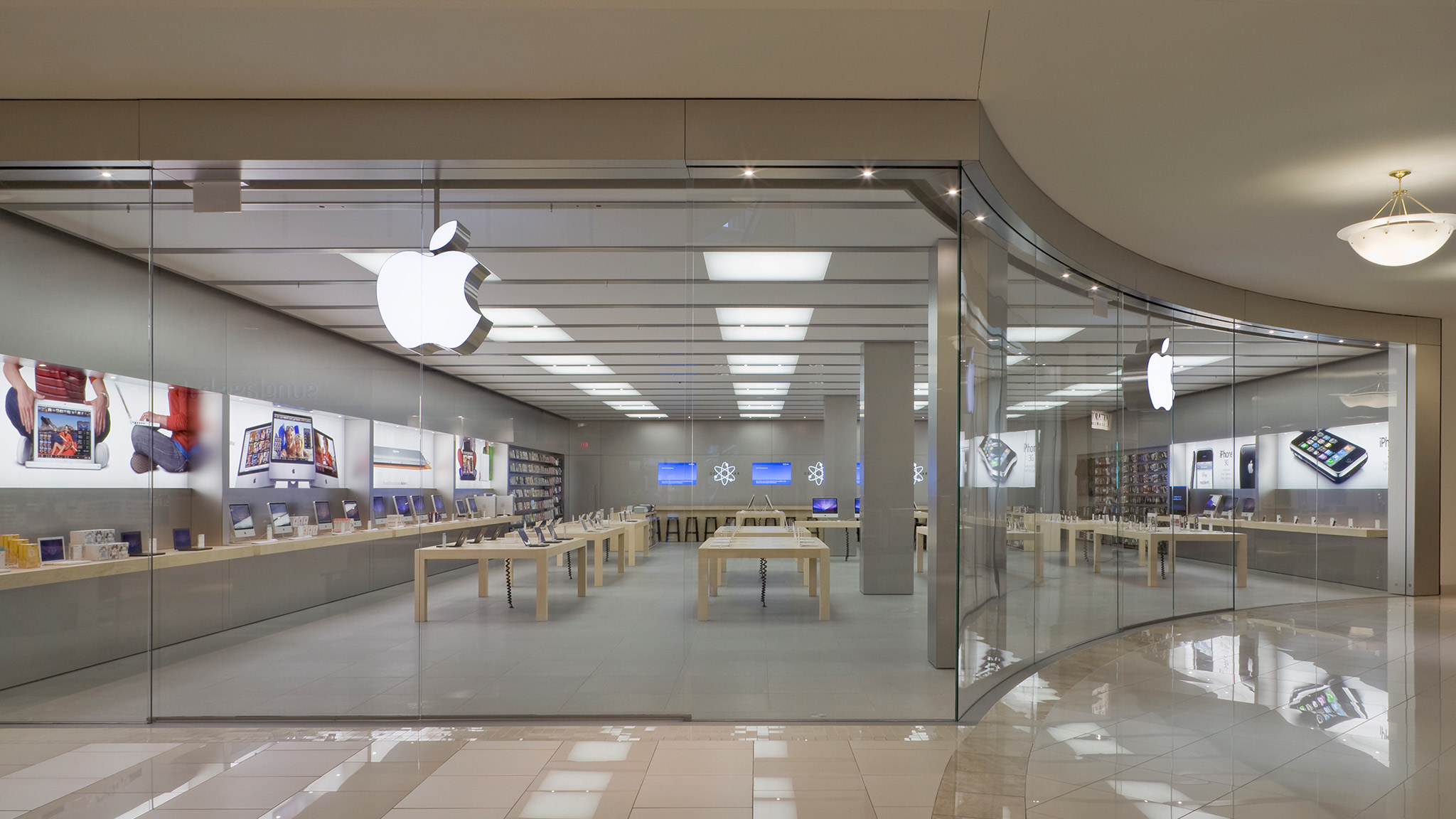 how to make an appointment at the apple store online