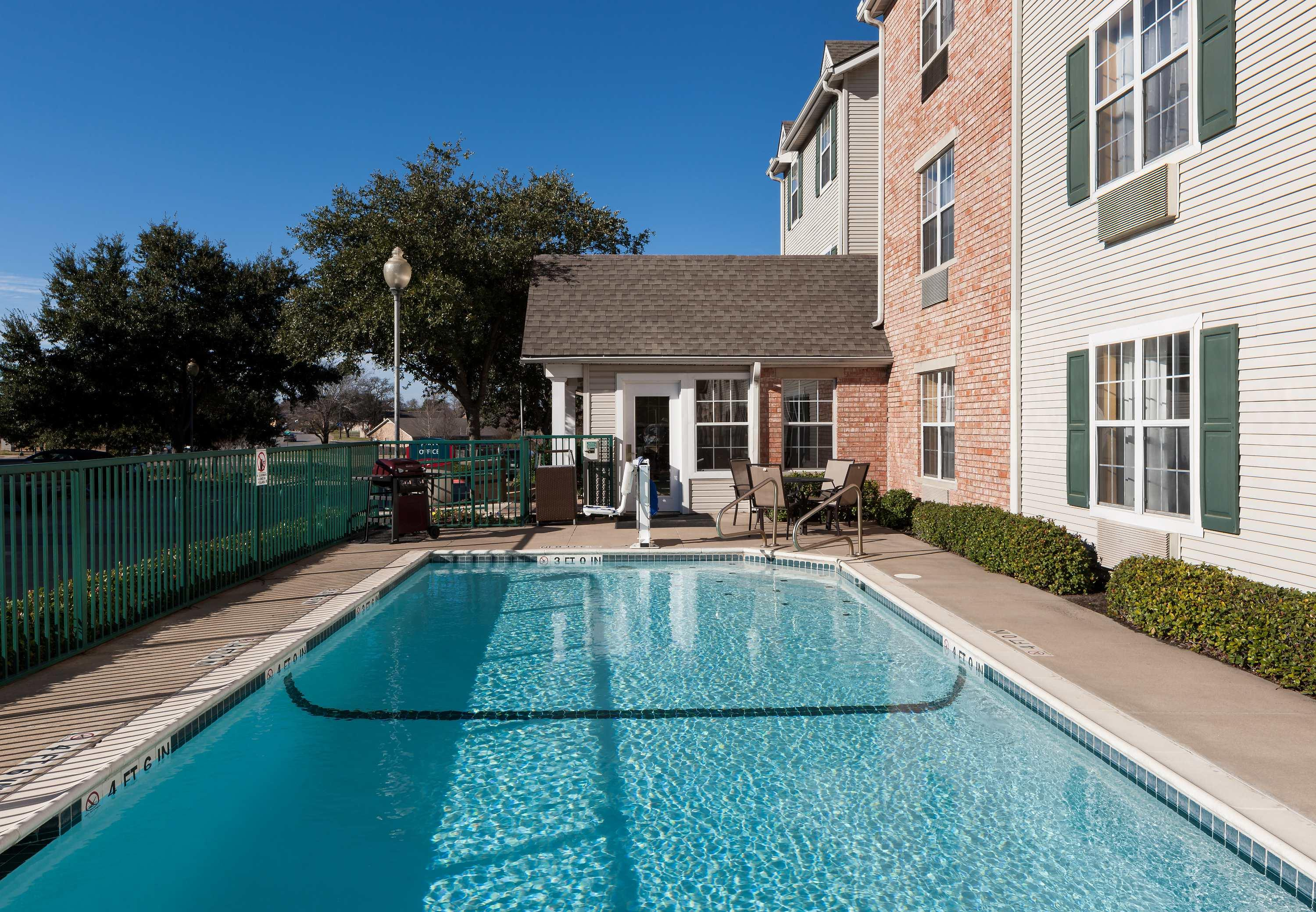 TownePlace Suites by Marriott College Station image 3