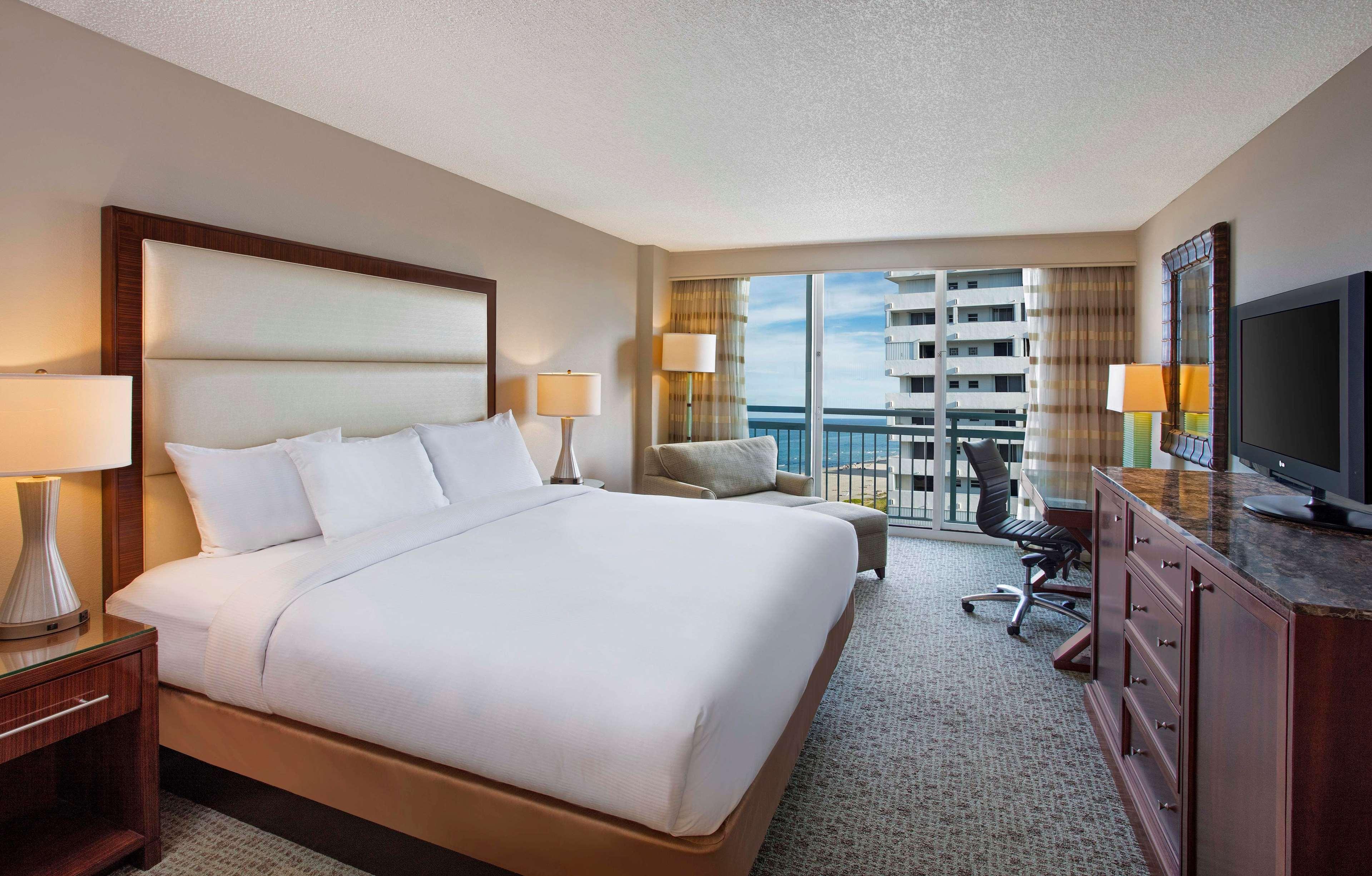 Hilton Singer Island Oceanfront/Palm Beaches Resort image 41