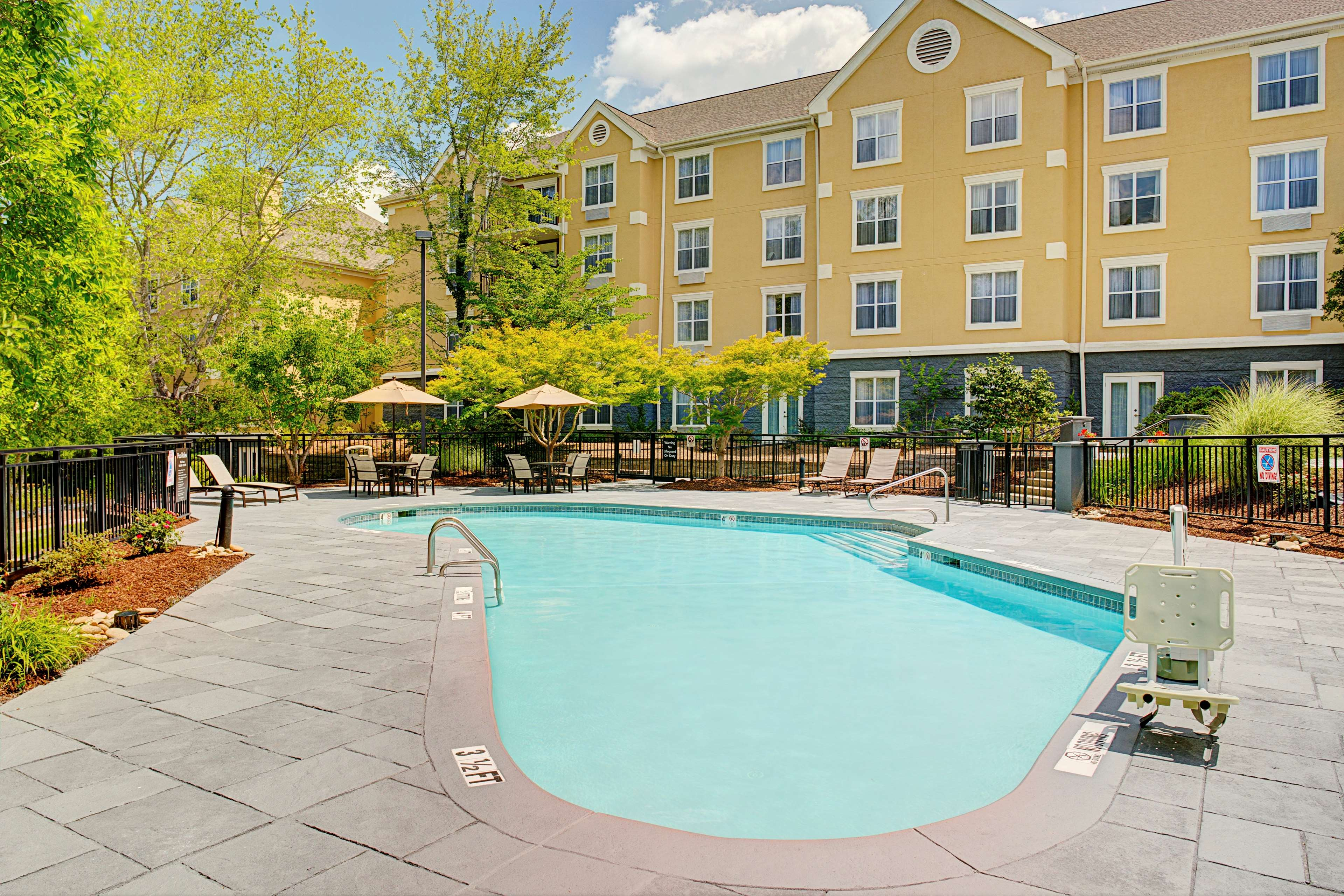 Homewood Suites by Hilton Raleigh/Cary image 16