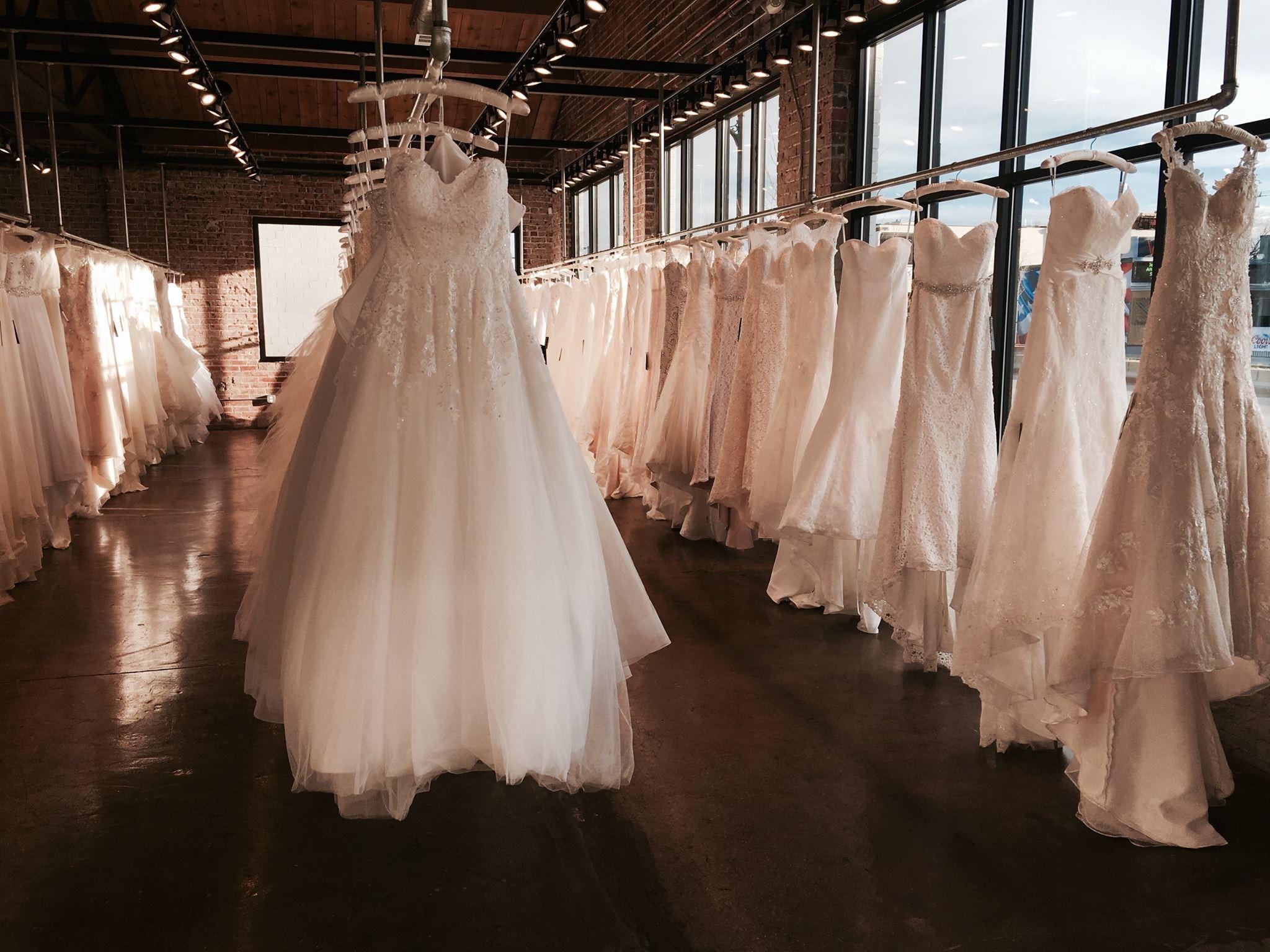 Wedding gowns in denver co bridesmaid dresses for Wedding dresses denver area