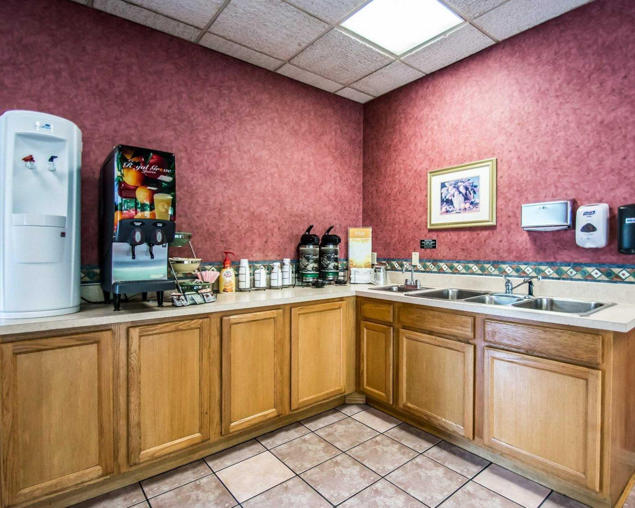 Quality Inn Elkton -St. Augustine South image 18