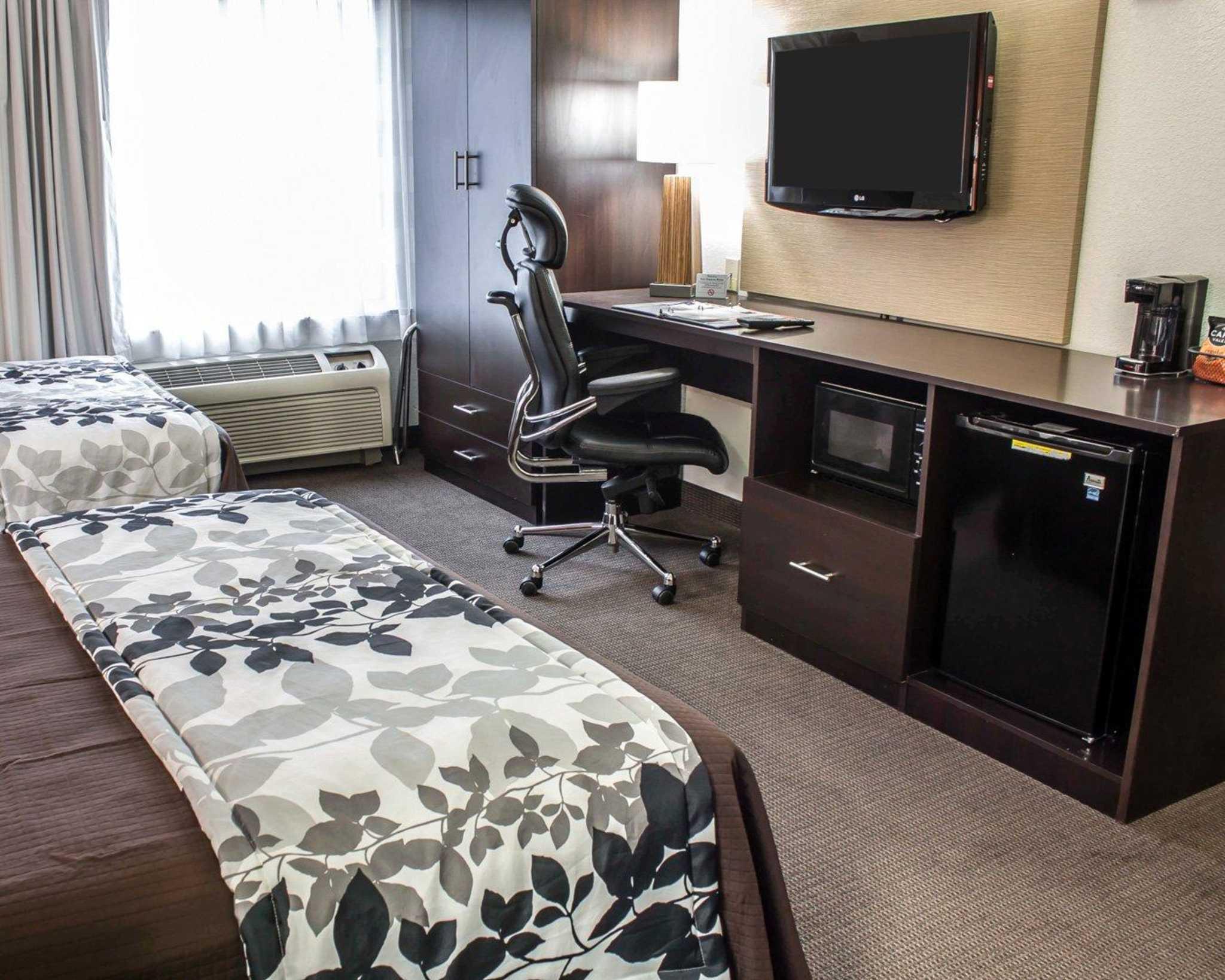 Sleep Inn Arlington Near Six Flags image 4
