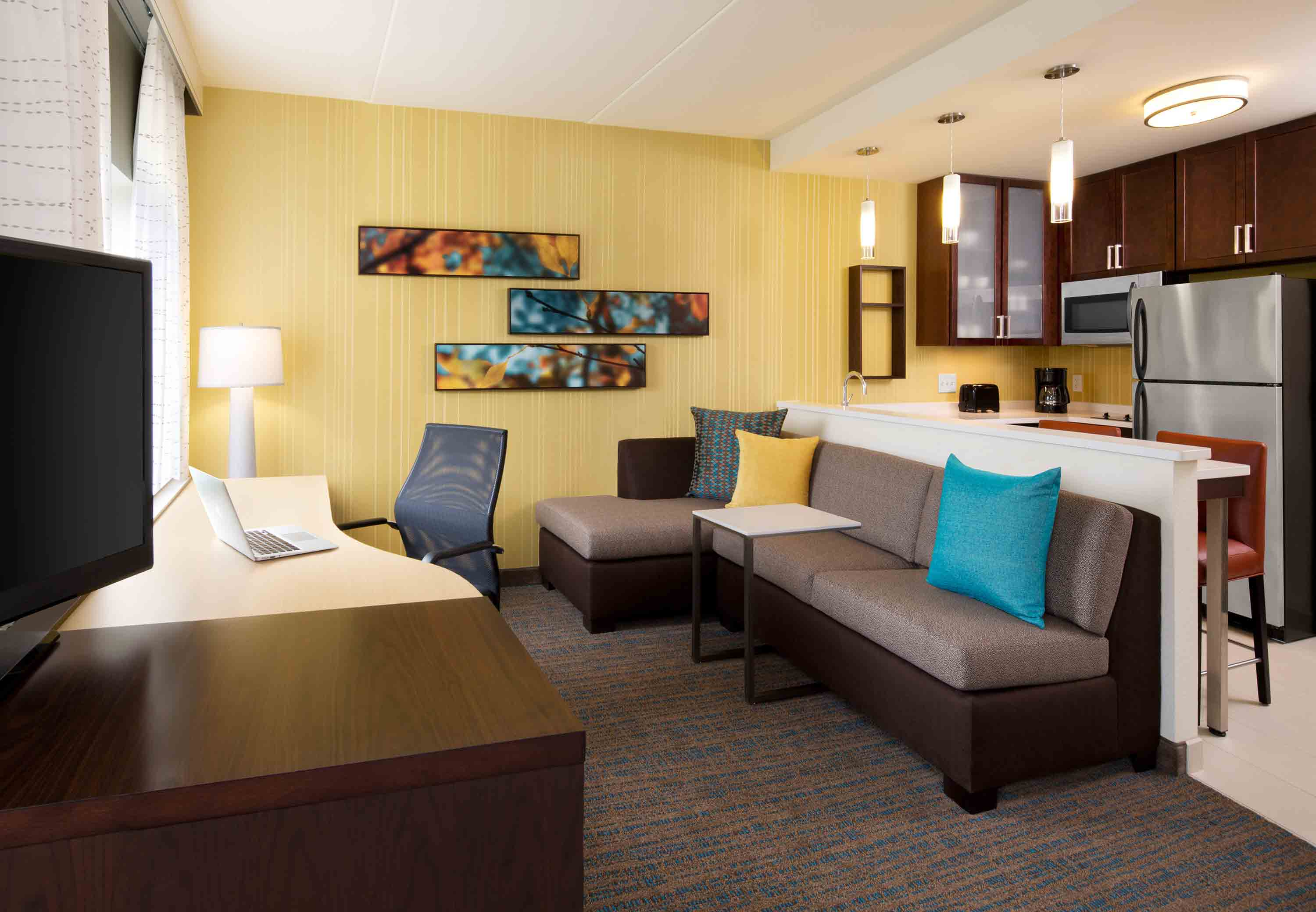 Residence Inn by Marriott Cleveland Avon at The Emerald Event Center image 7