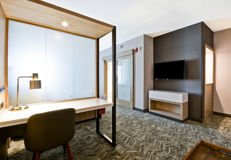 SpringHill Suites by Marriott Cincinnati Blue Ash image 13