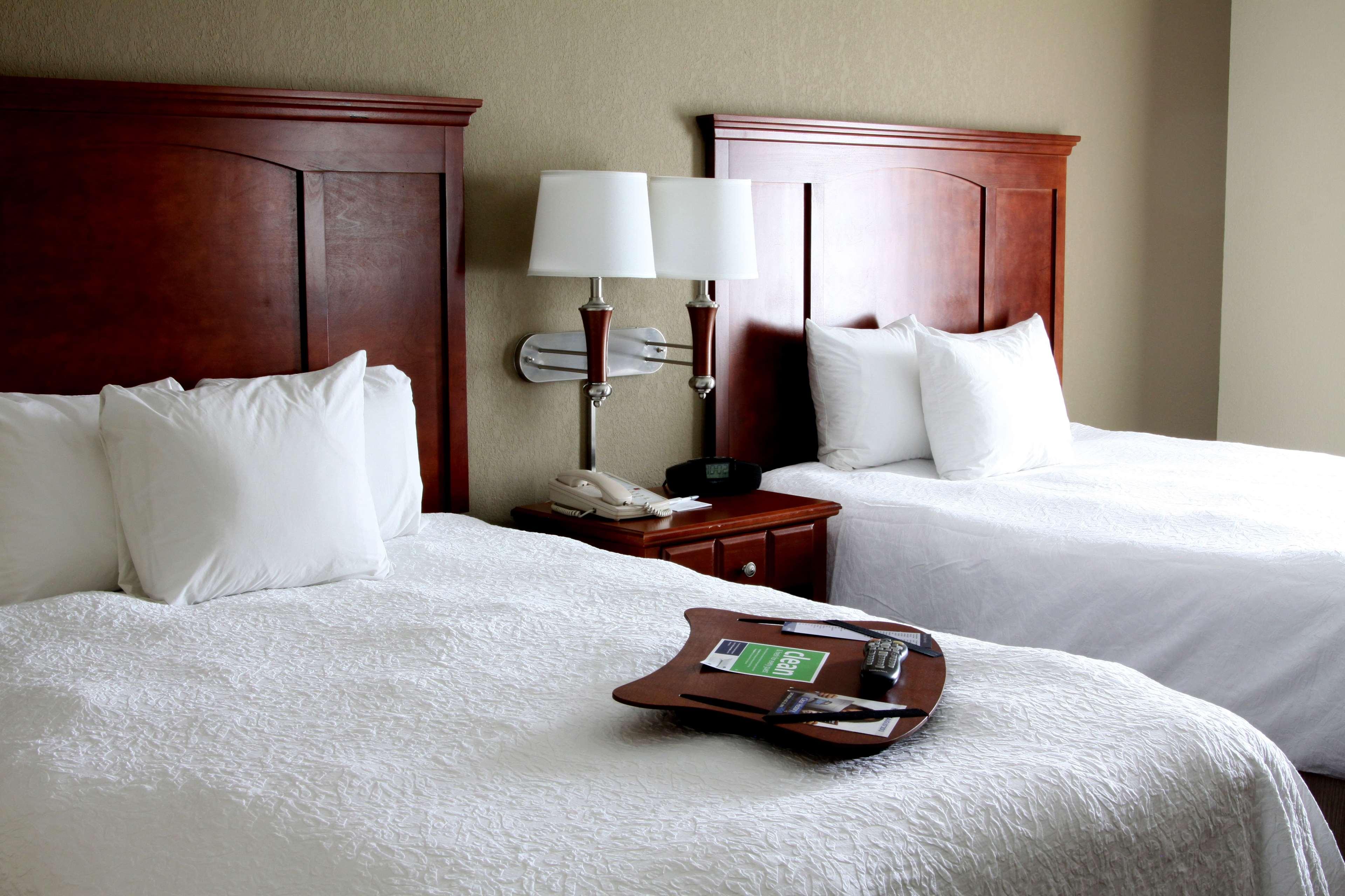 Hampton Inn & Suites Paducah image 25