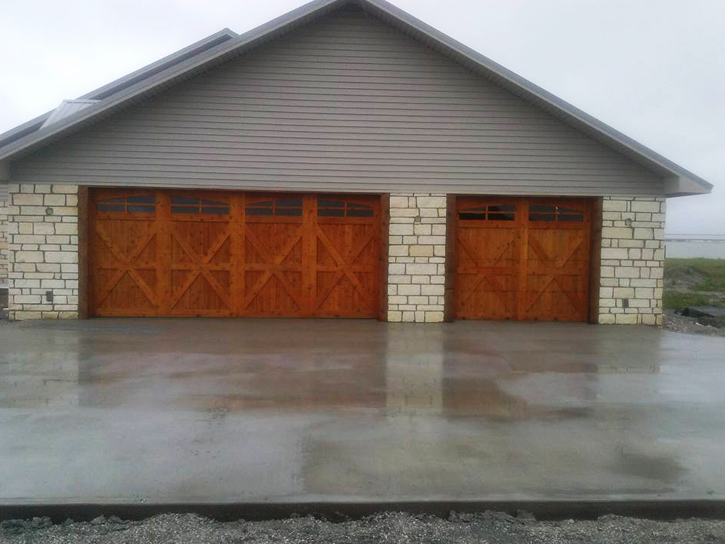 Garage Door Brokers At 902 E 7th St Joplin Mo On Fave