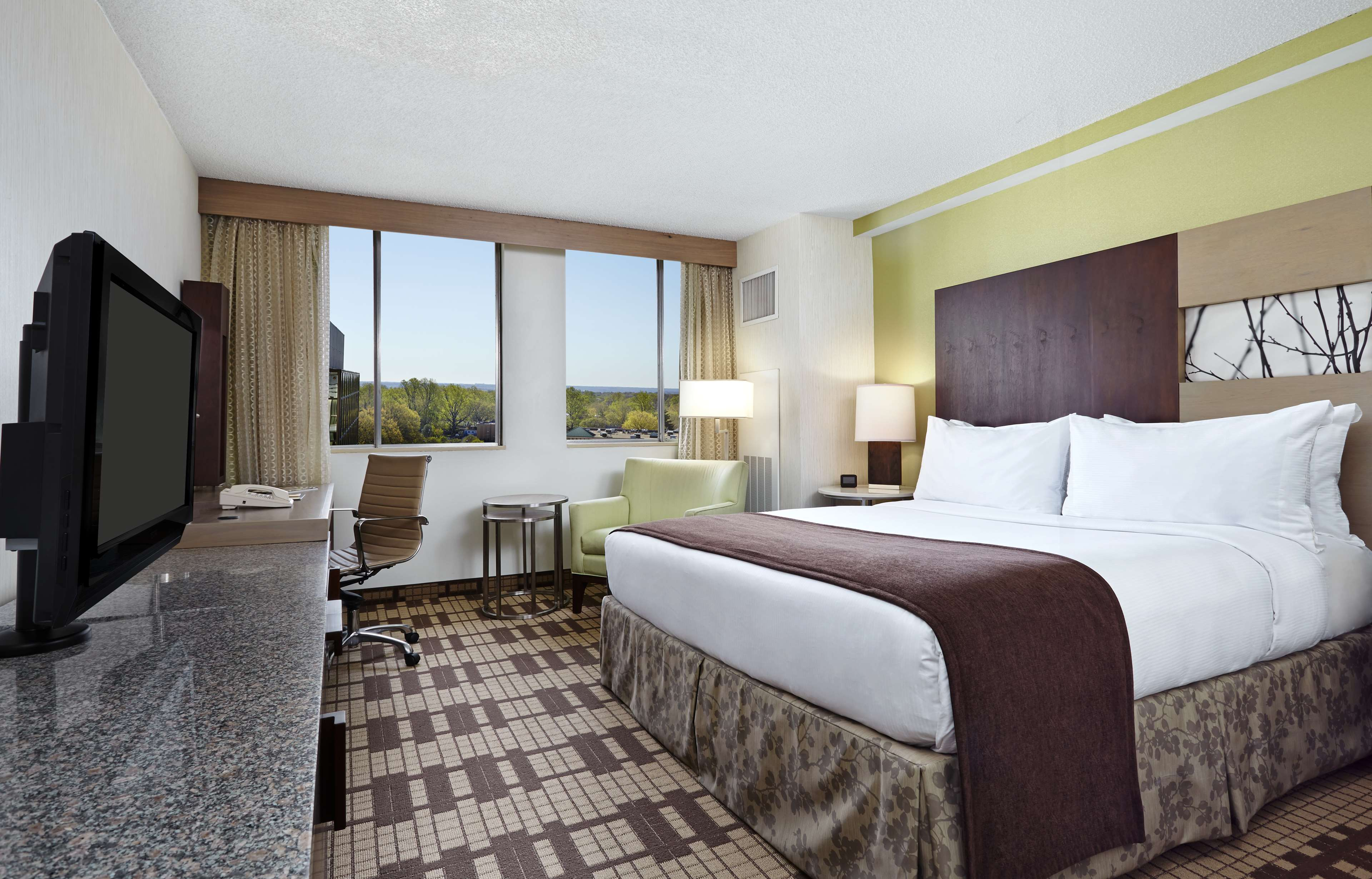DoubleTree by Hilton Hotel Washington DC - Silver Spring image 11