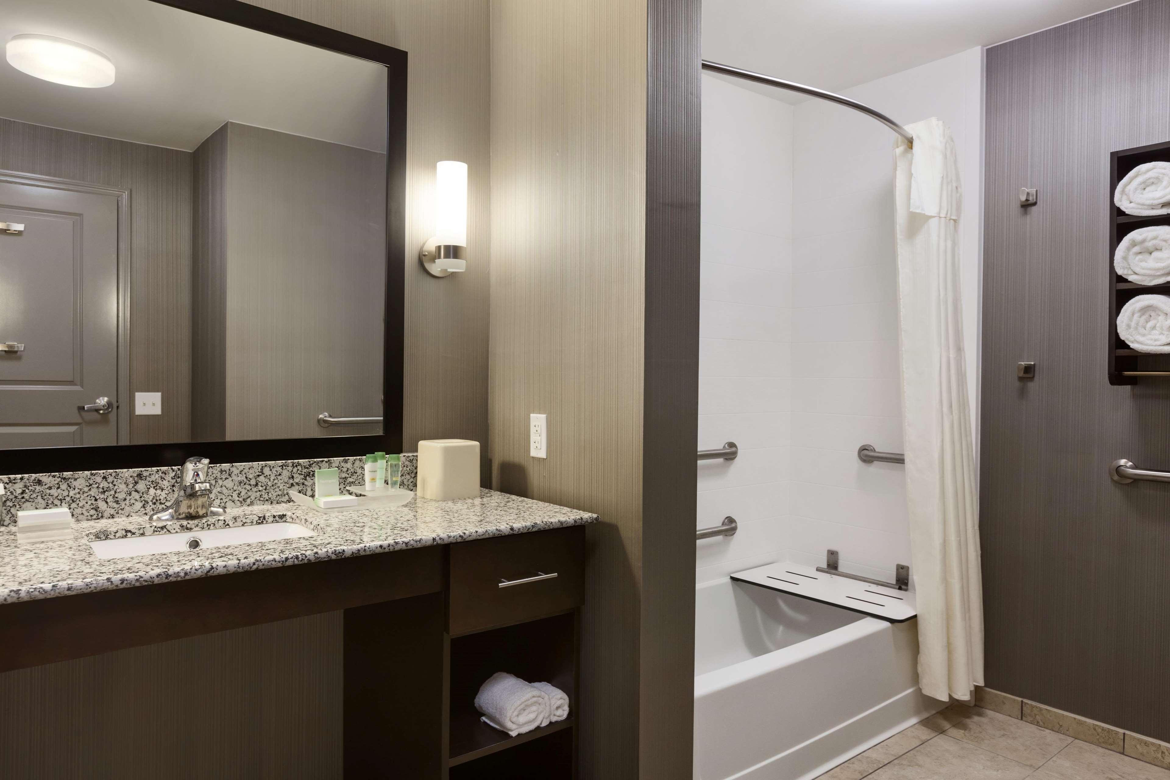Homewood Suites by Hilton Huntsville-Downtown, AL image 16