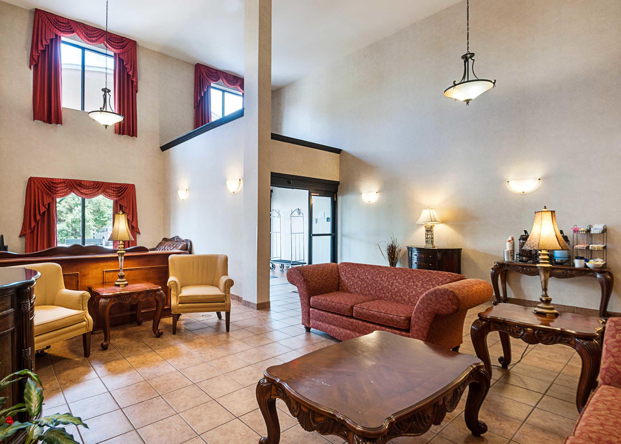 Comfort Inn & Suites Cambridge image 5