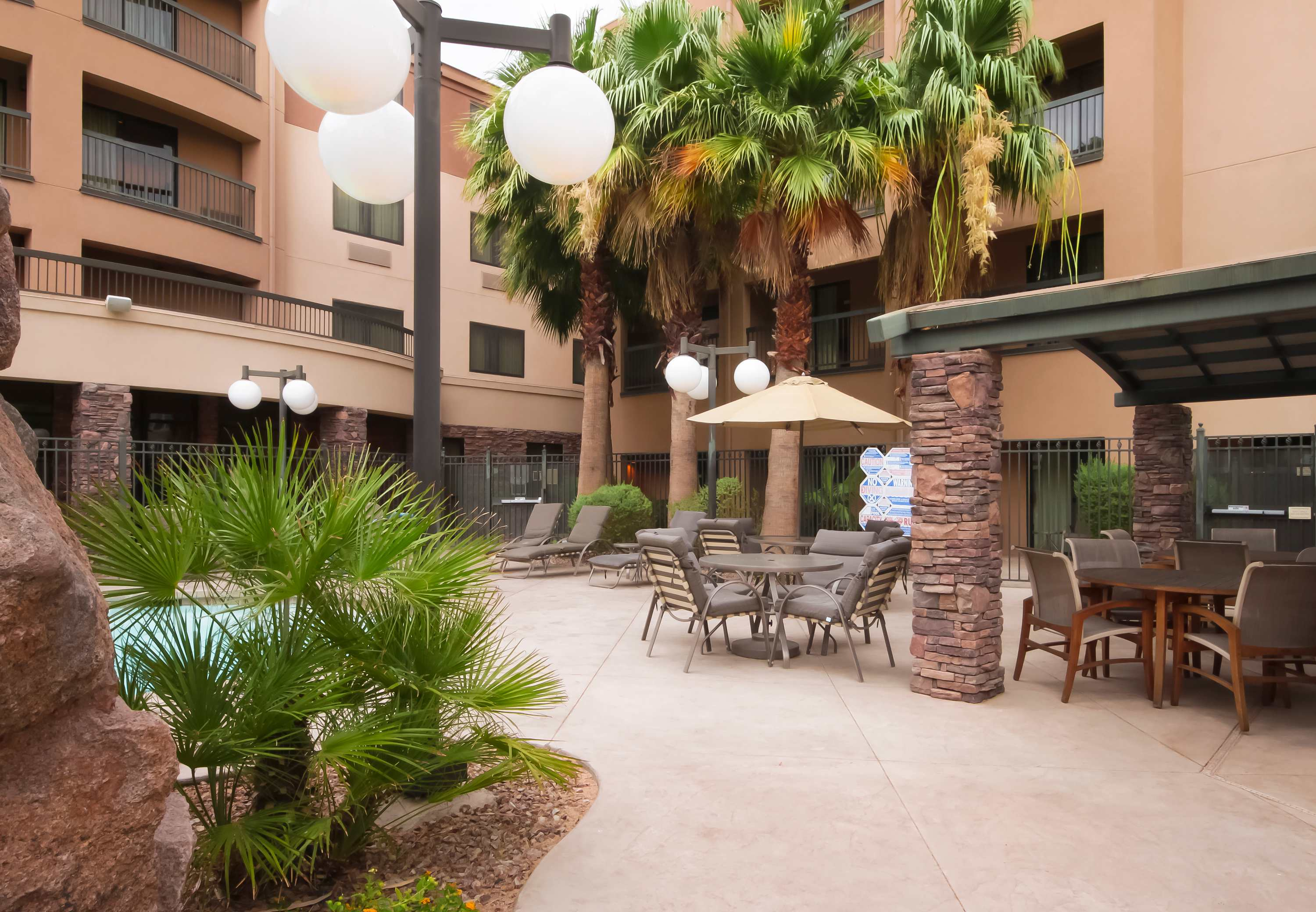 Courtyard by Marriott Las Vegas South image 11