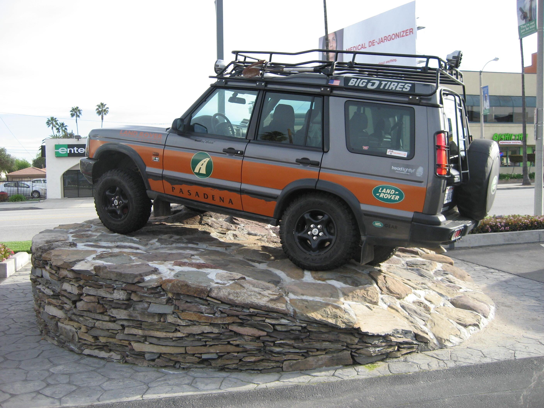 Land Rover Pasadena image 10